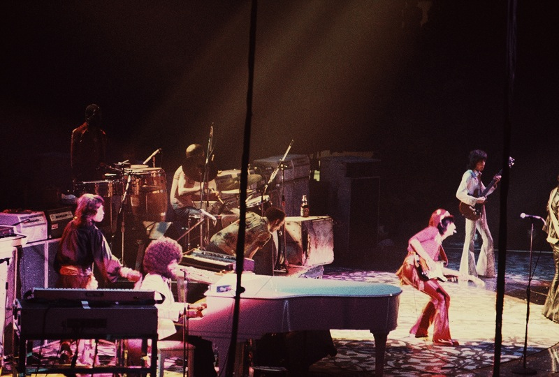 File The Rolling Stones With Billy Preston 1975 Jpg Wikimedia Commons