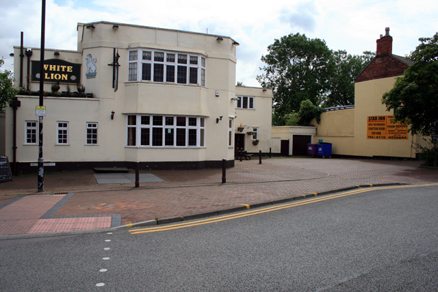 Creative Commons image of The White Lion in Nottingham