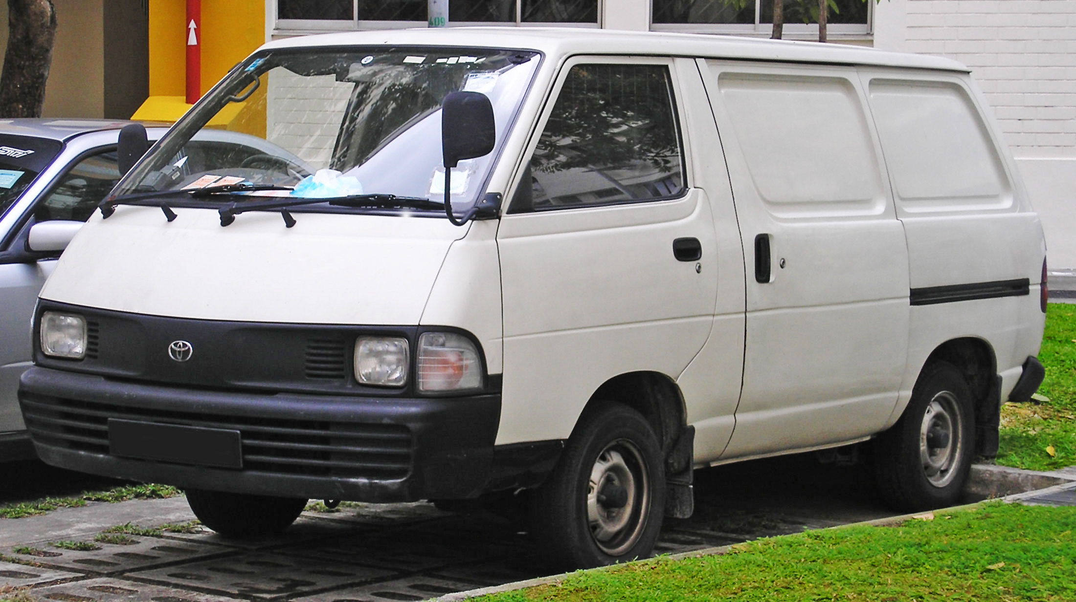 File Toyota Liteace Fourth Generation Front Singapore