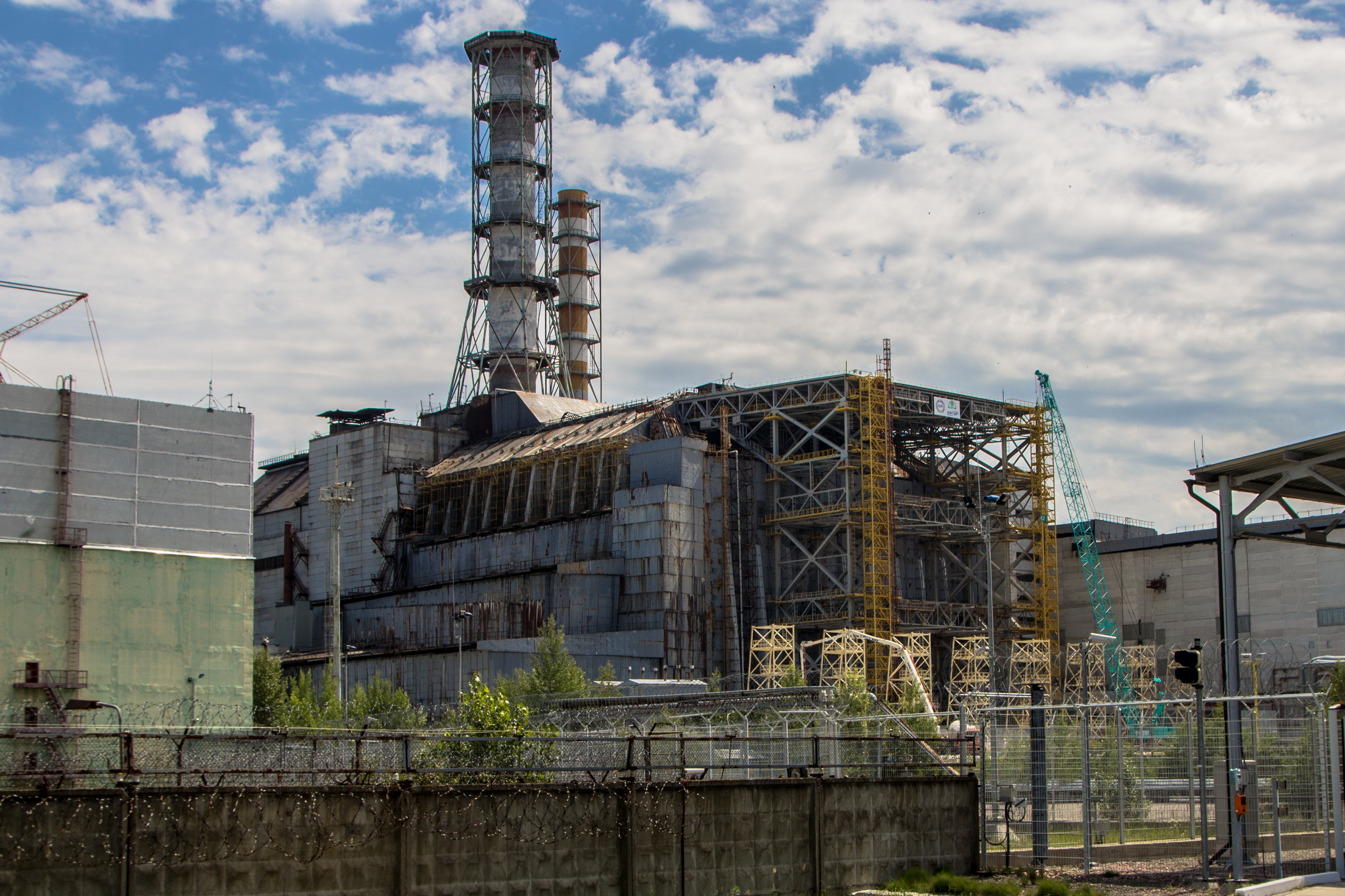 a description on how the reactor at three mile island works the chernobyl accident List of nuclear power accidents by country  the abandoned city of pripyat, ukraine with the chernobyl nuclear power  reactor designs but there is no.