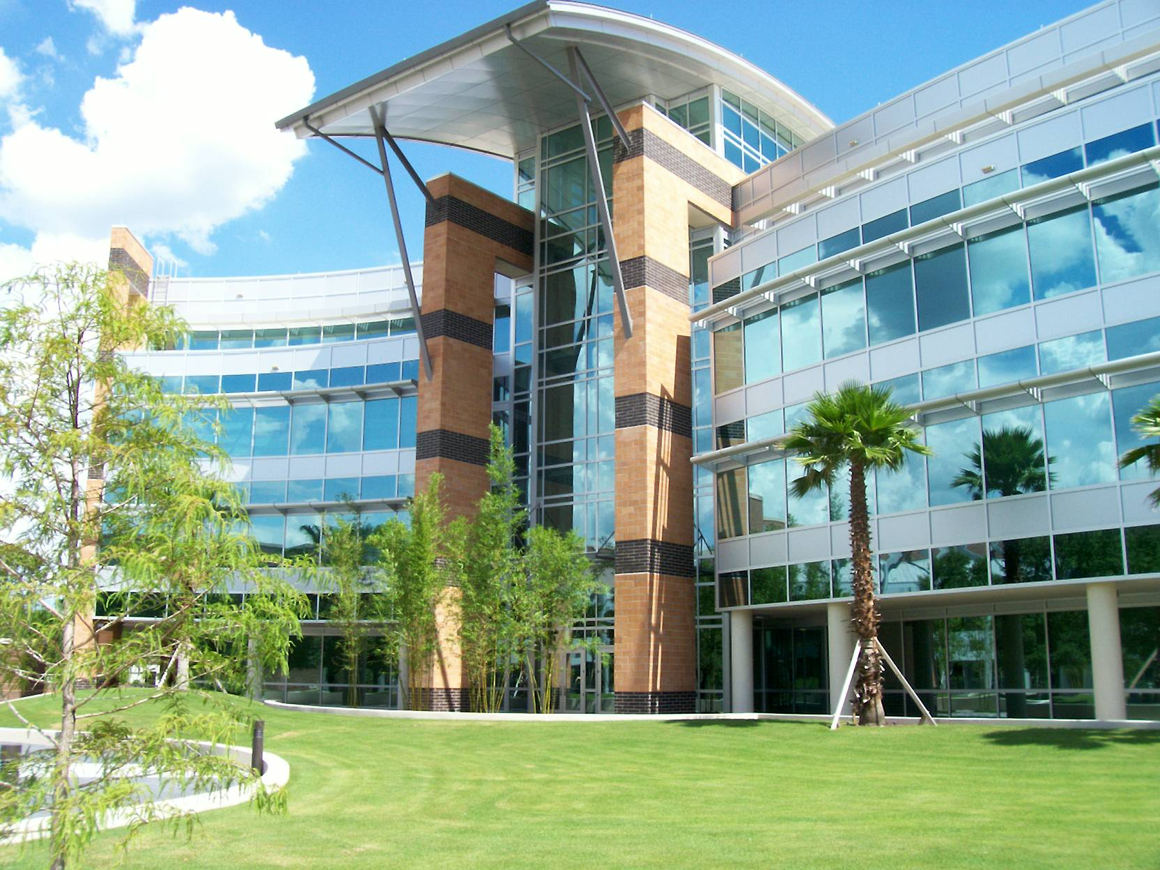 Ucf College Of Business >> University Of Central Florida College Of Engineering And