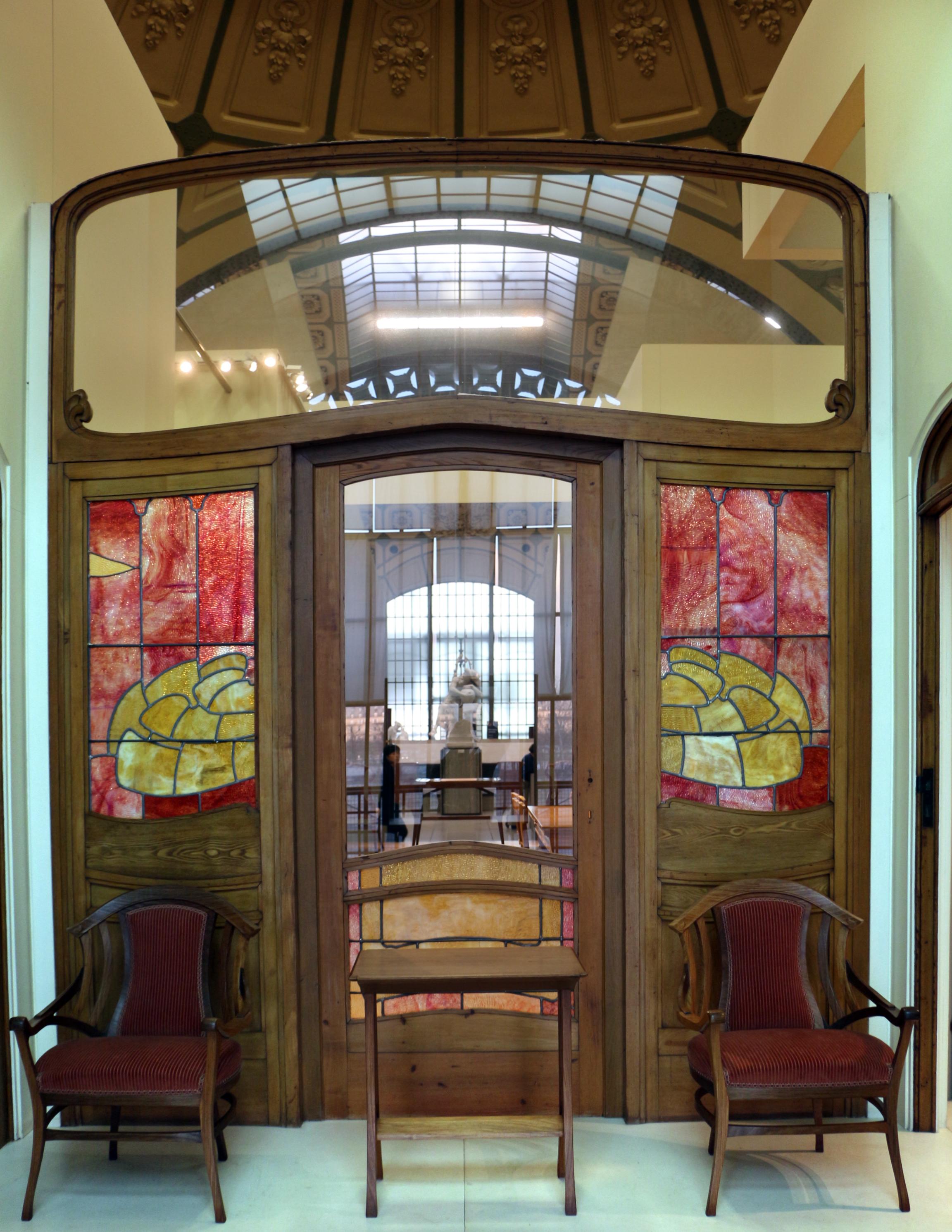 File victor horta boiserie e mobilio dell 39 hotel aubecq a for Hotel a bruxelles