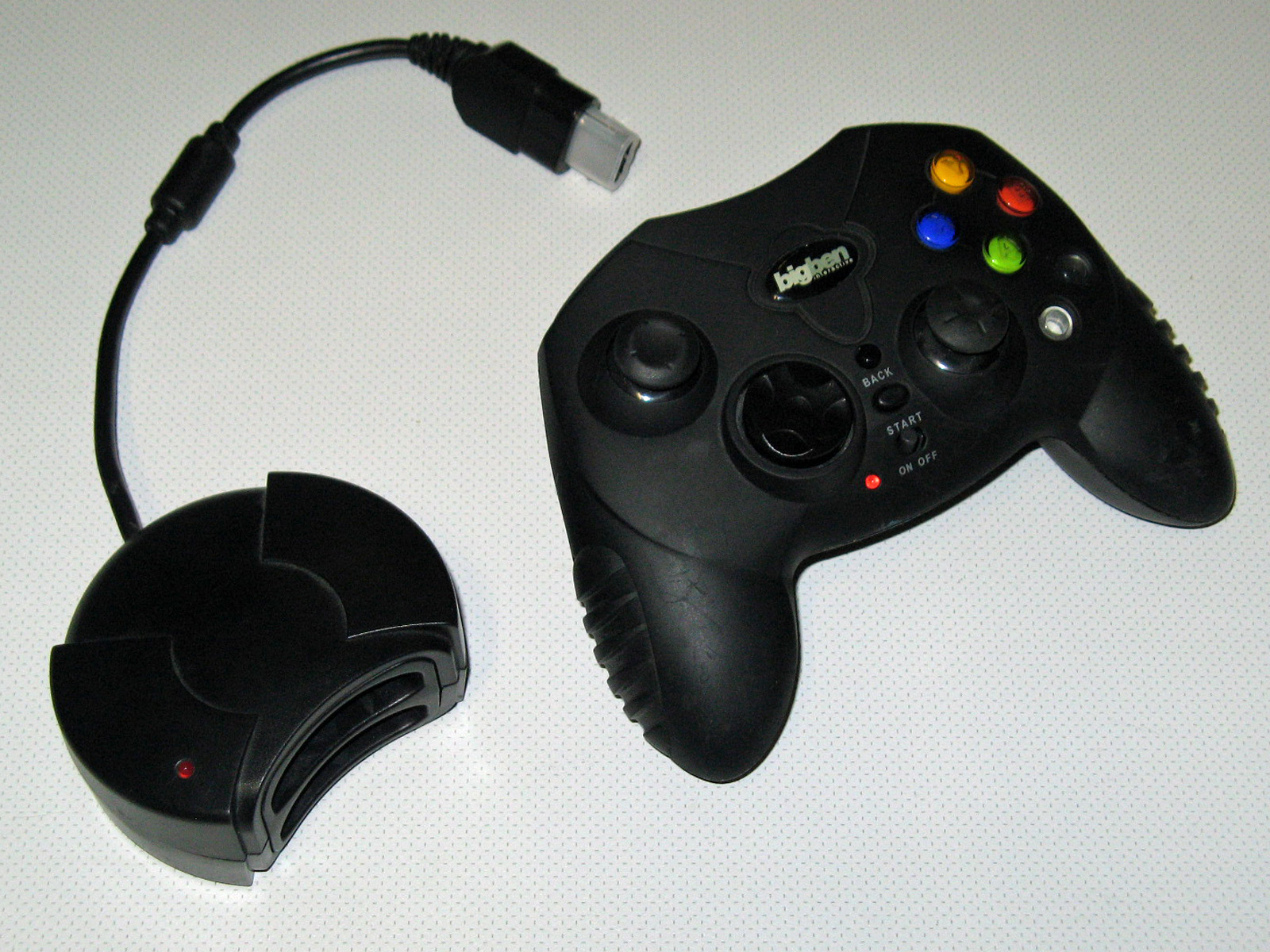 Description Xbox Bigben wireless controller with receiver jpgOriginal Xbox Controller Size
