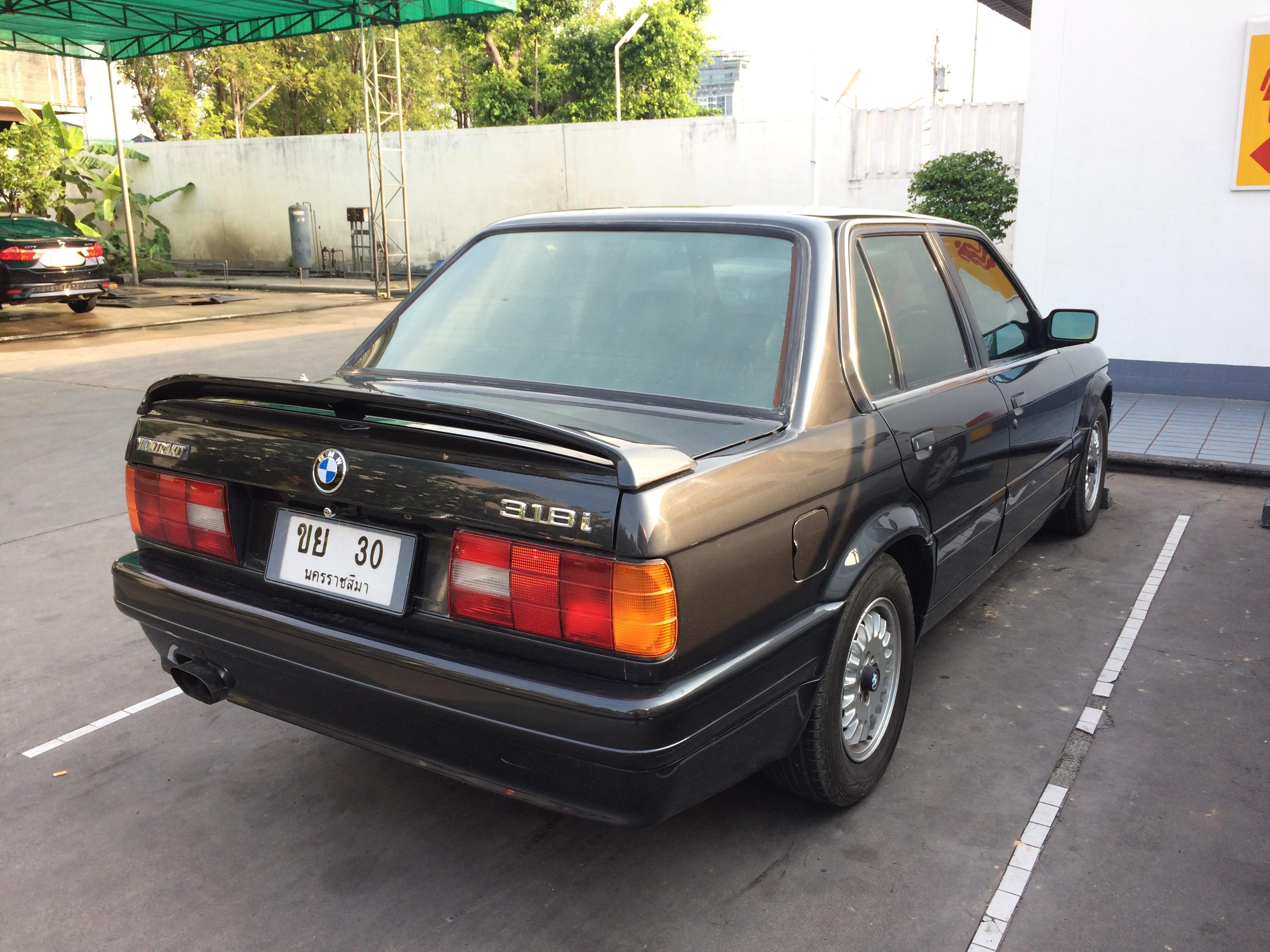 File1988 1989 Bmw 318i E30 Sedan 06 03 2018 03jpg Wikimedia