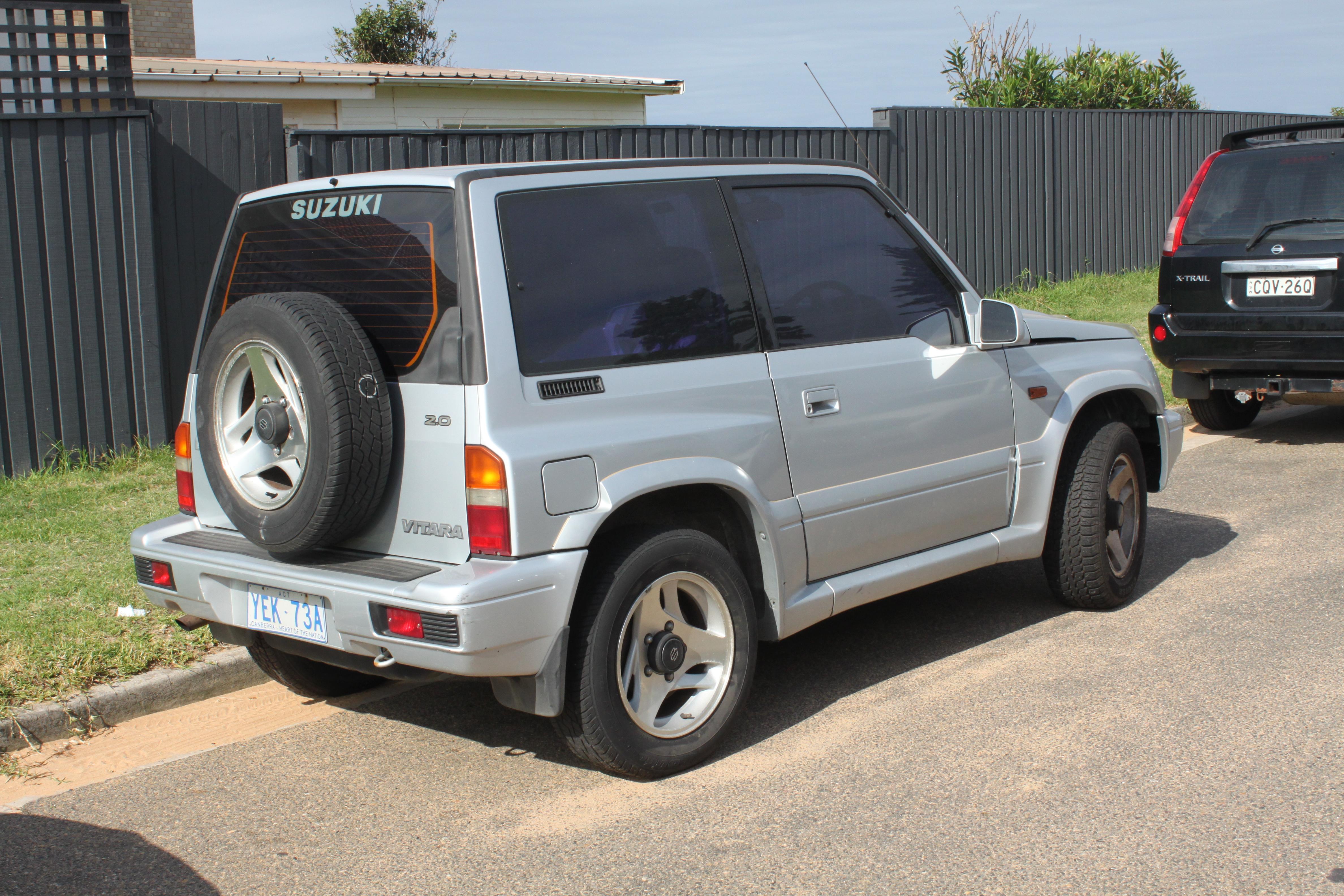 Suzuki Vitara  Door Review