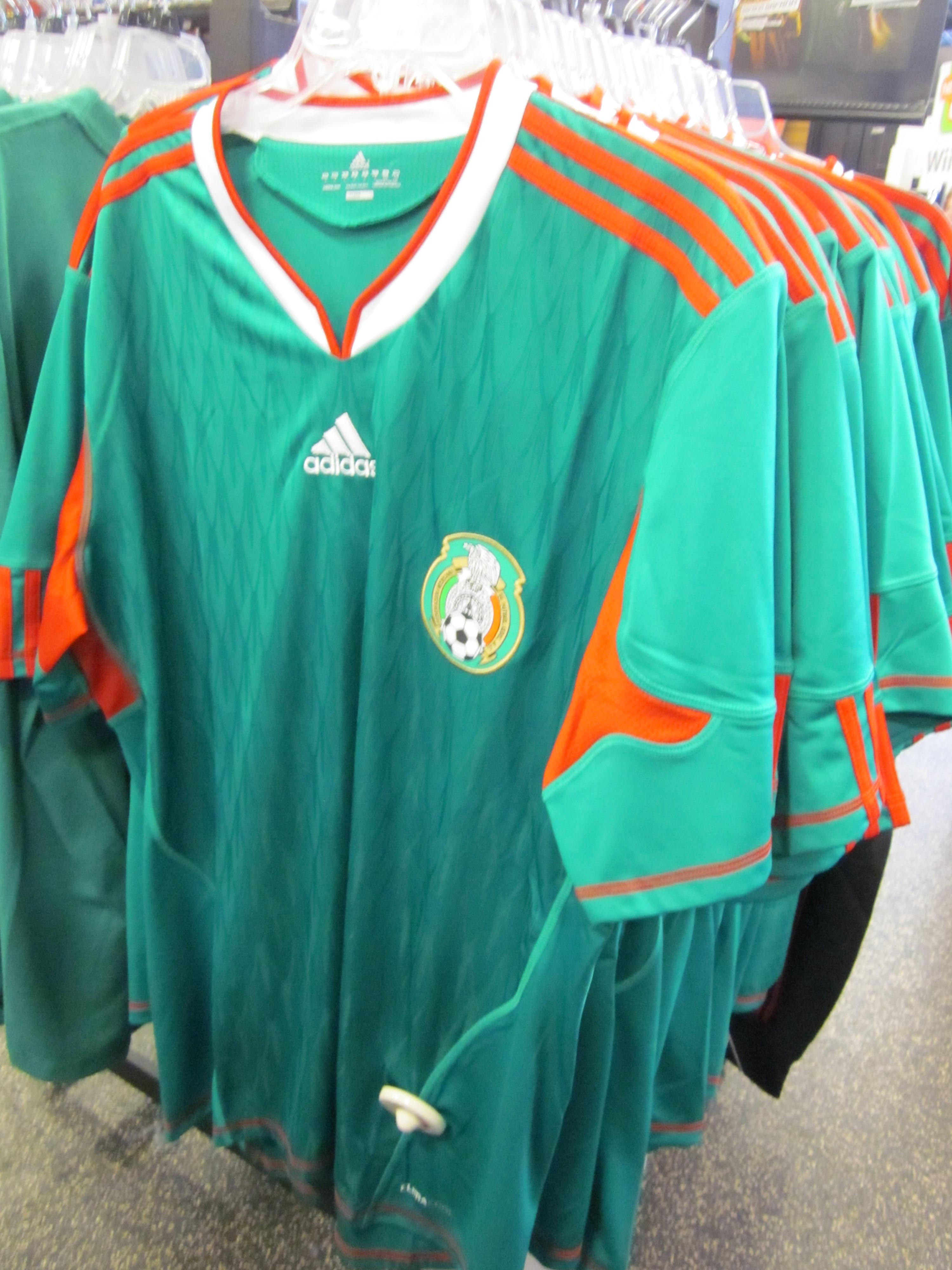 separation shoes 0d896 0c5bb File:Adidas Mexico national football team home jersey.JPG ...