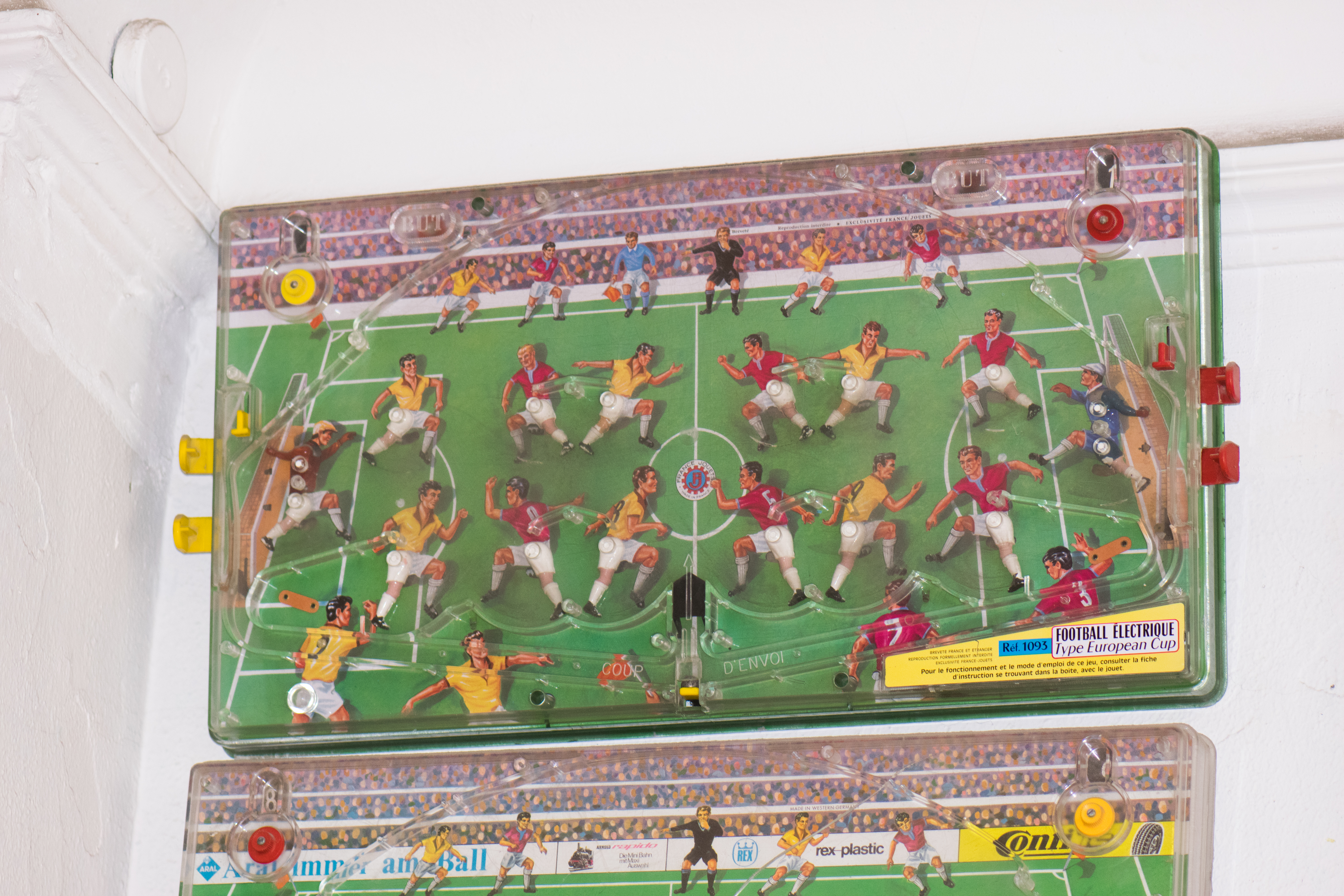 FileAntique Electric Football Arcade Game 29129298842