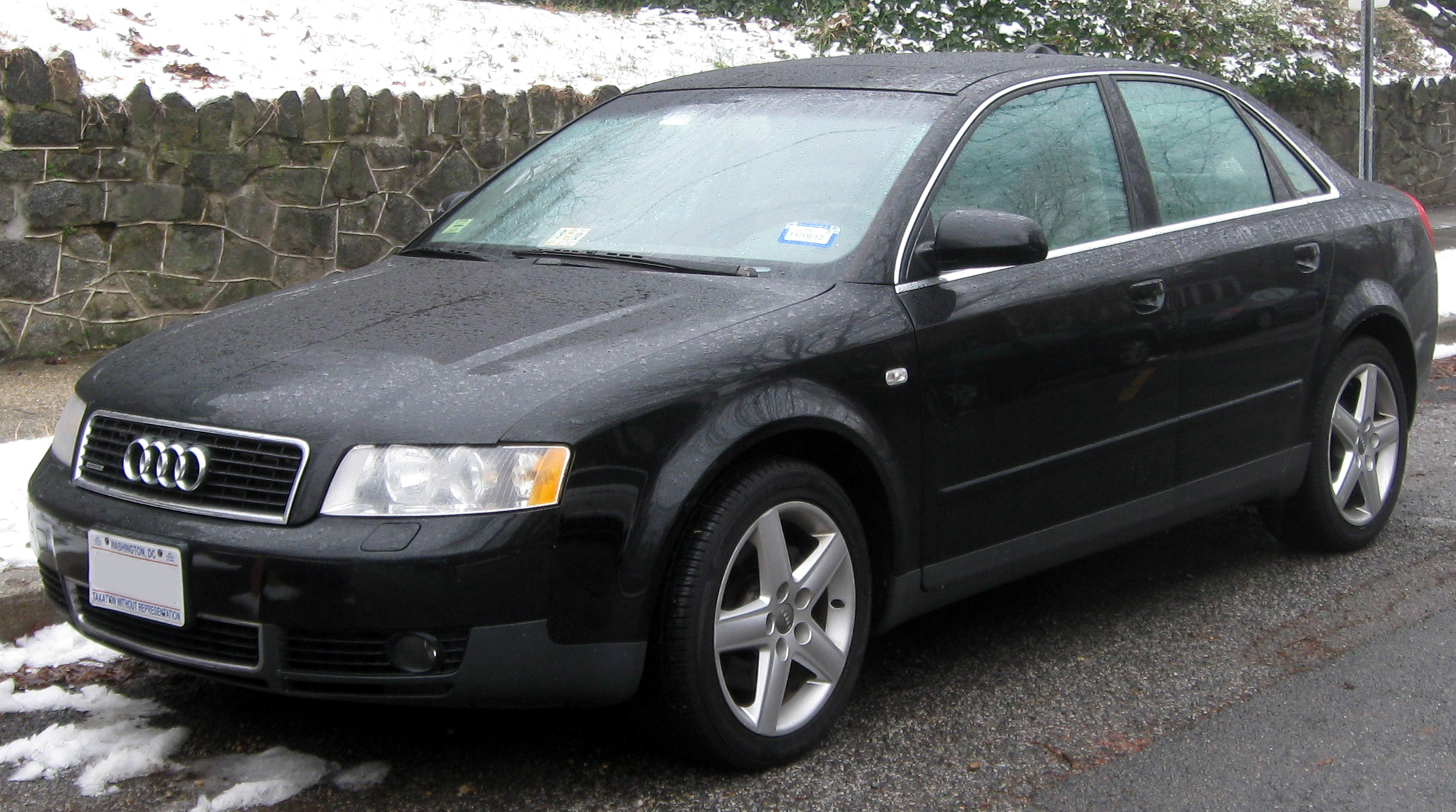 file audi a4 b6 sedan 01 23 wikimedia commons. Black Bedroom Furniture Sets. Home Design Ideas