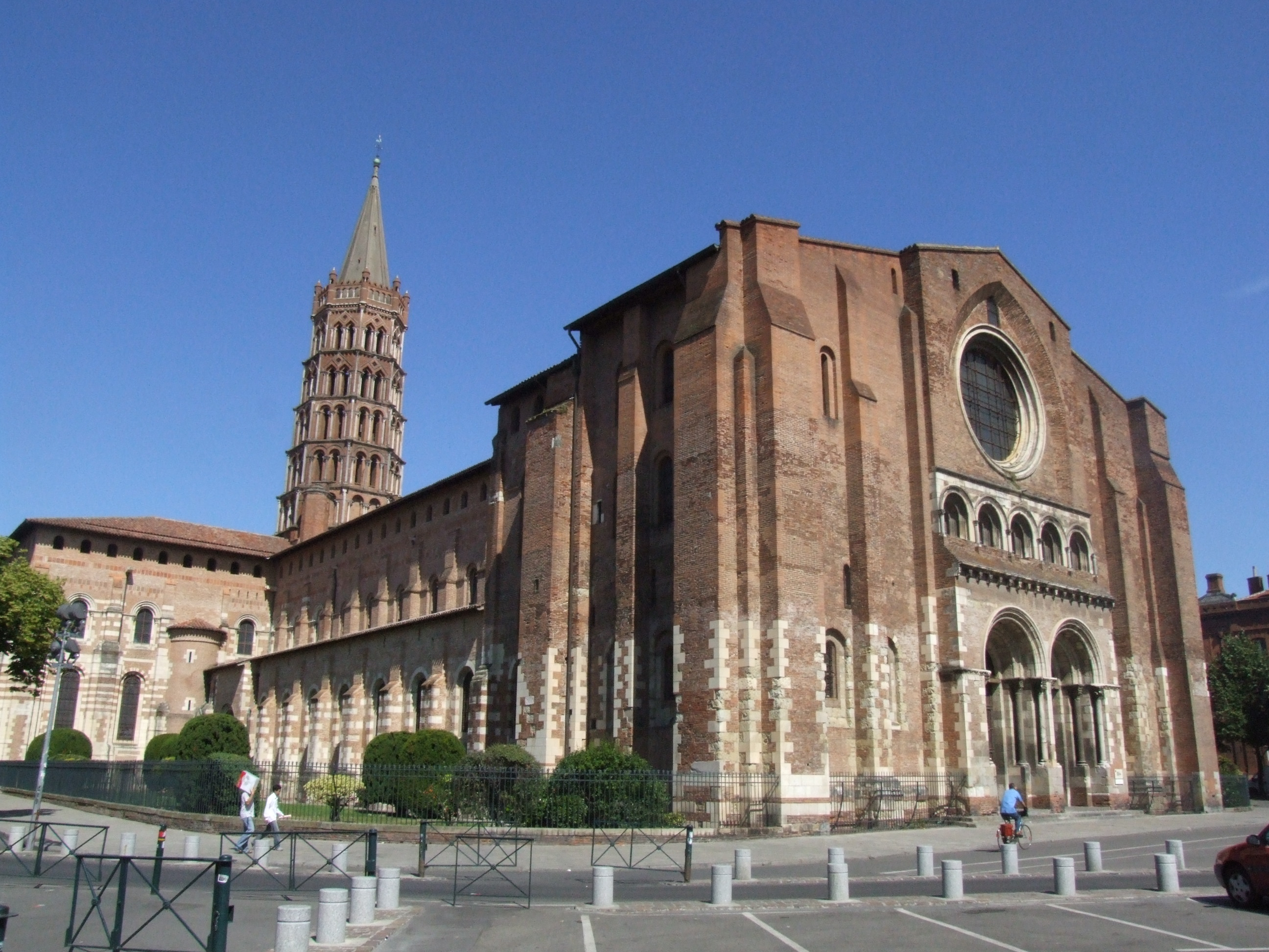 File:Basilique Saint-Sernin - TOULOUSE.jpg - Wikipedia, the free ...