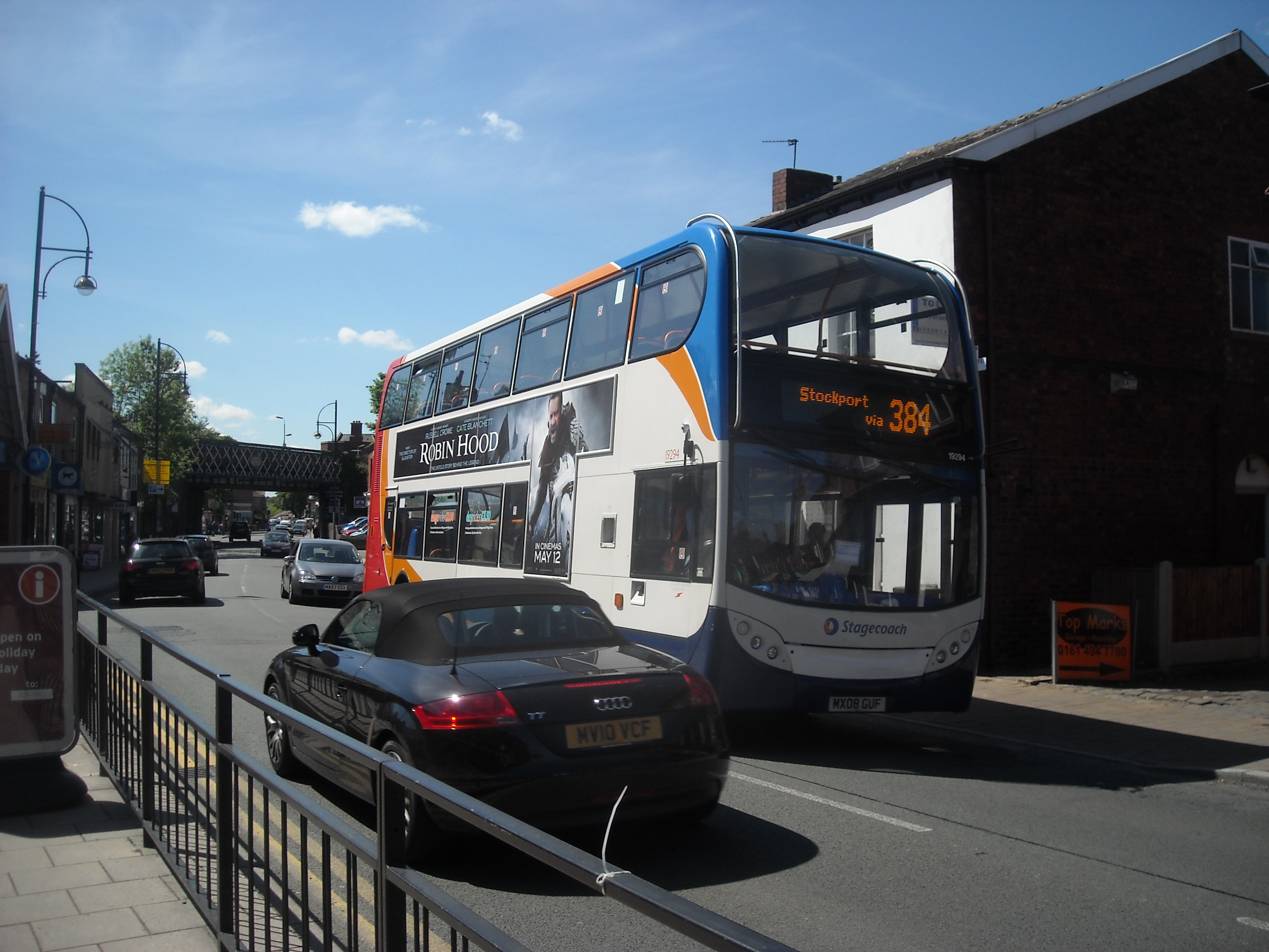 FileBus In Compstall Road Romiley