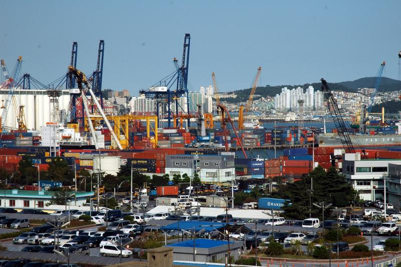 File:Busan Port.JPG