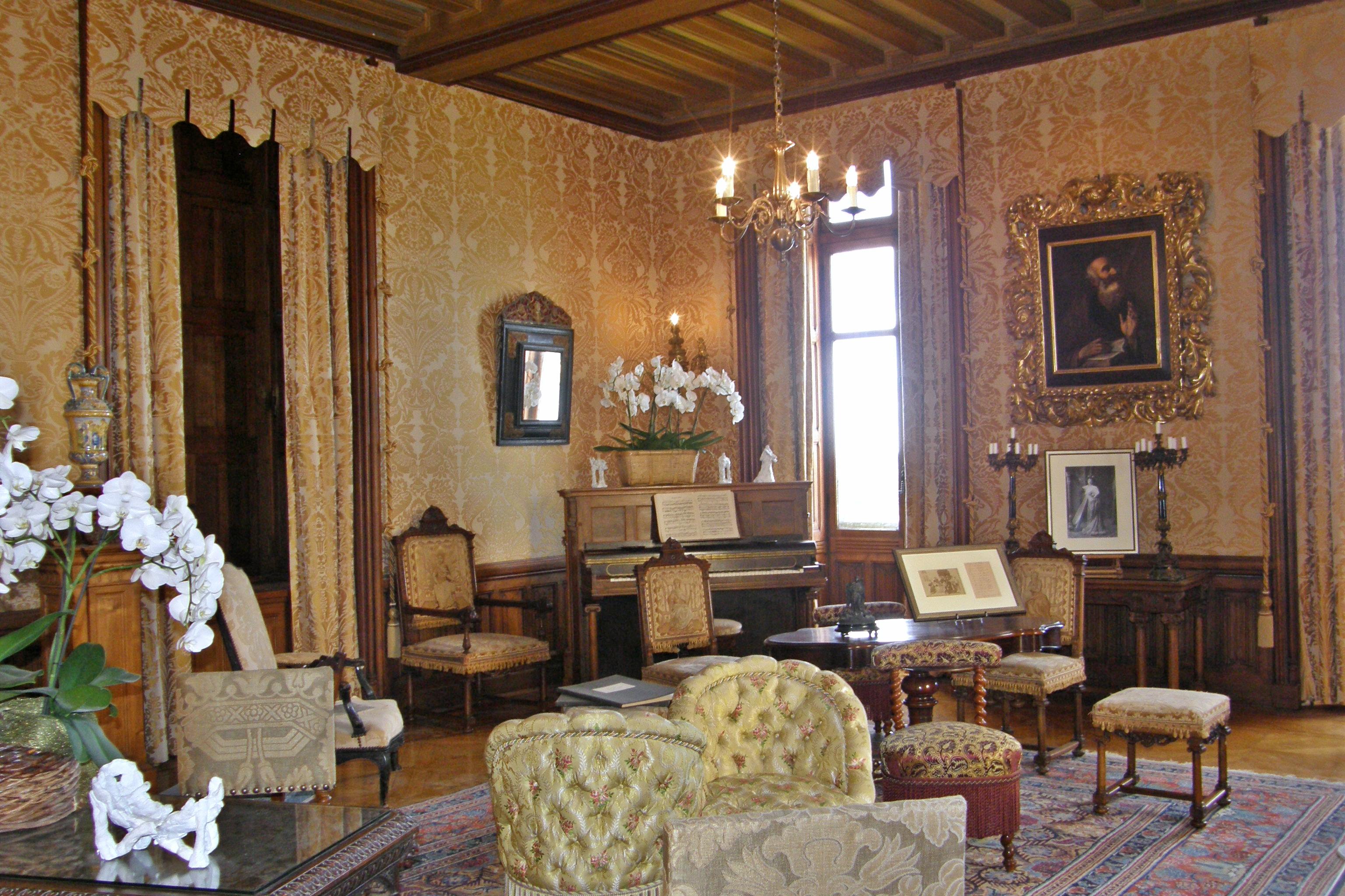 File ch teau de chaumont sur loire salon jpg wikimedia commons - Chateau de menetou salon visites ...