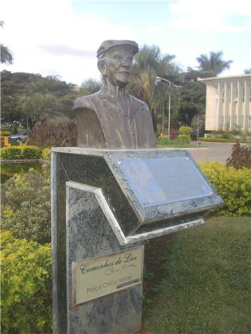 Busto de Chico Xavier, Pedro Leopoldo, Brazilo