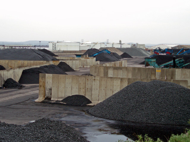 Coal yard - geograph.org.uk - 190817