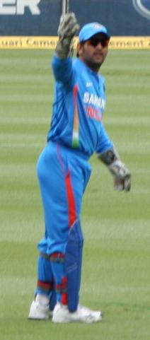 Dhoni Feb 2012.jpg