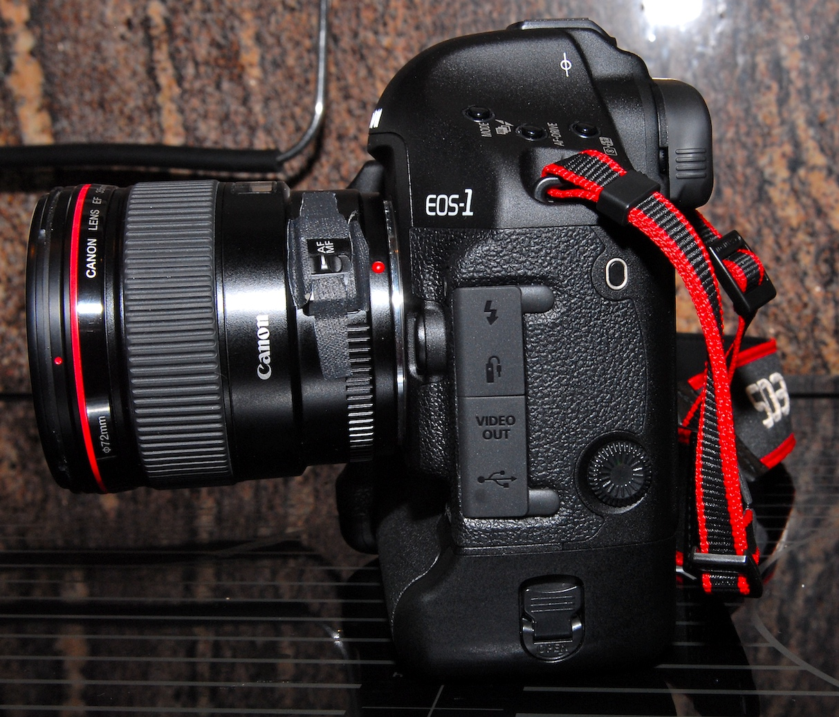 File Eos 1d Mark Iii Left Side Jpg Wikimedia Commons