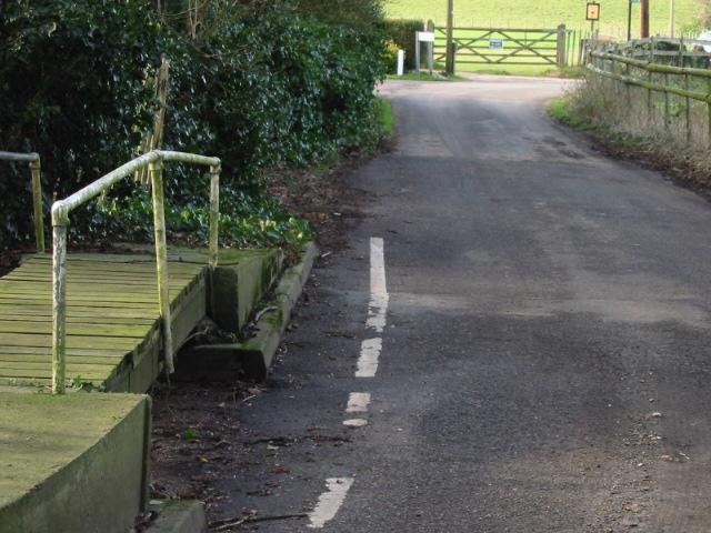 File:Footbridge over dried up stream, Bishopsbourne ...