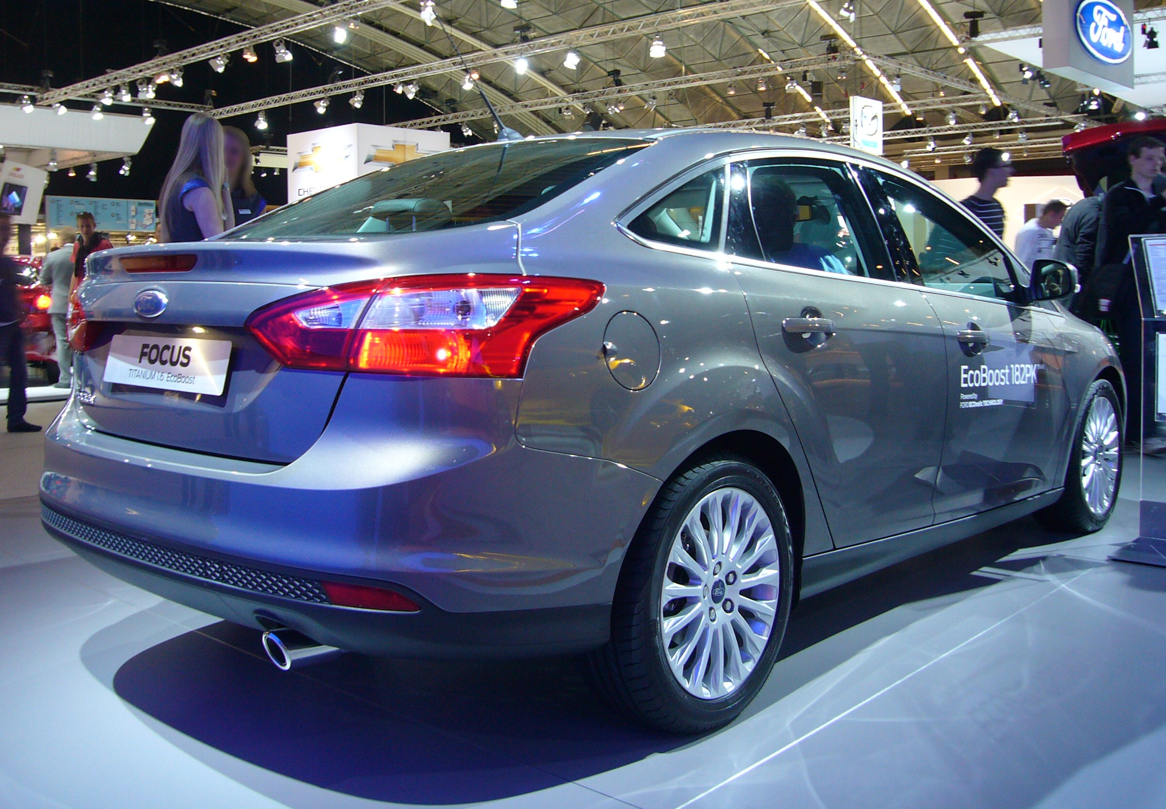 2014 Ford Focus Sedan >> File:Ford Focus sedan (rear quarter).jpg - Wikimedia Commons
