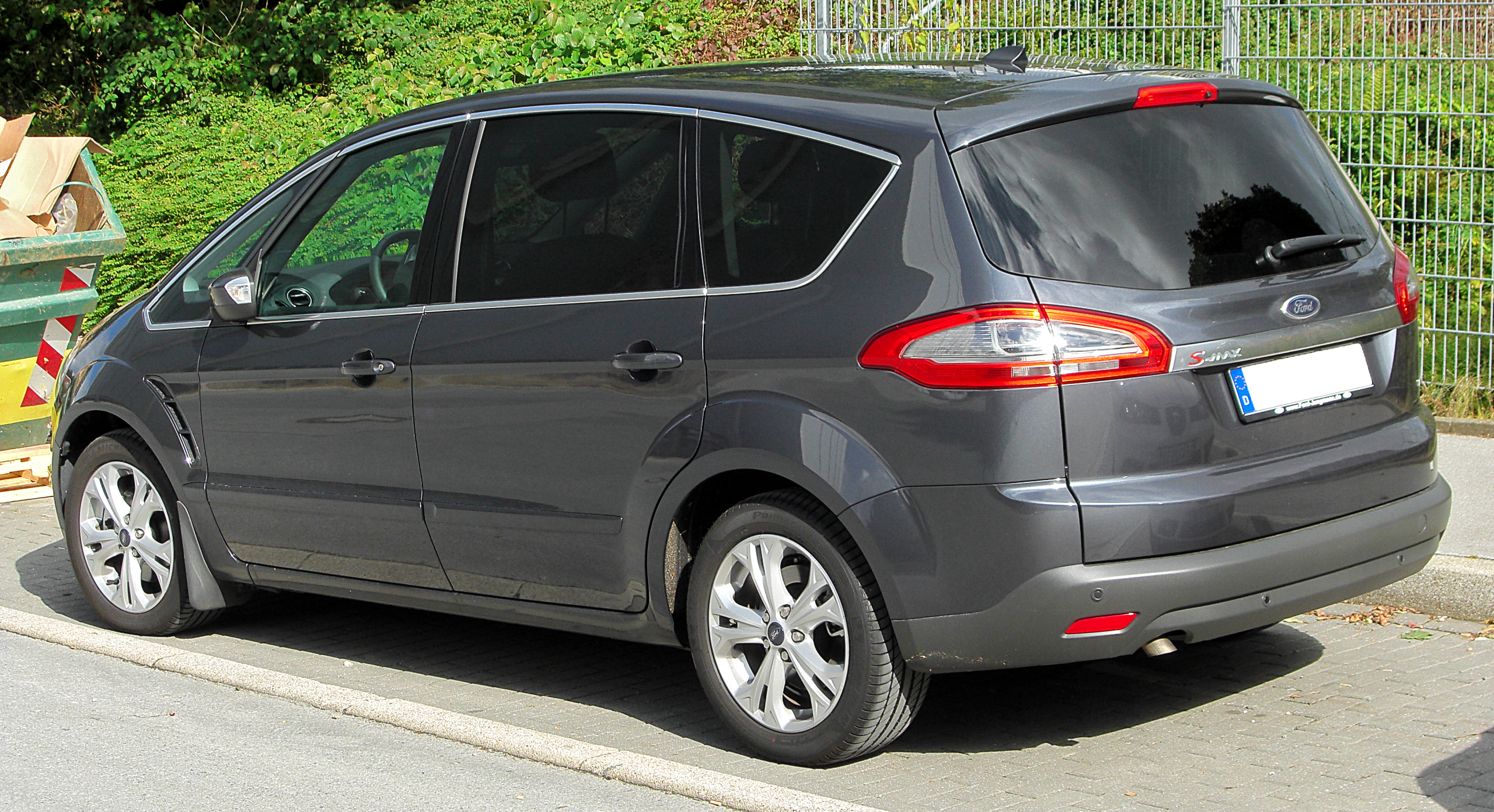 file ford s max facelift rear 1 wikimedia commons. Black Bedroom Furniture Sets. Home Design Ideas