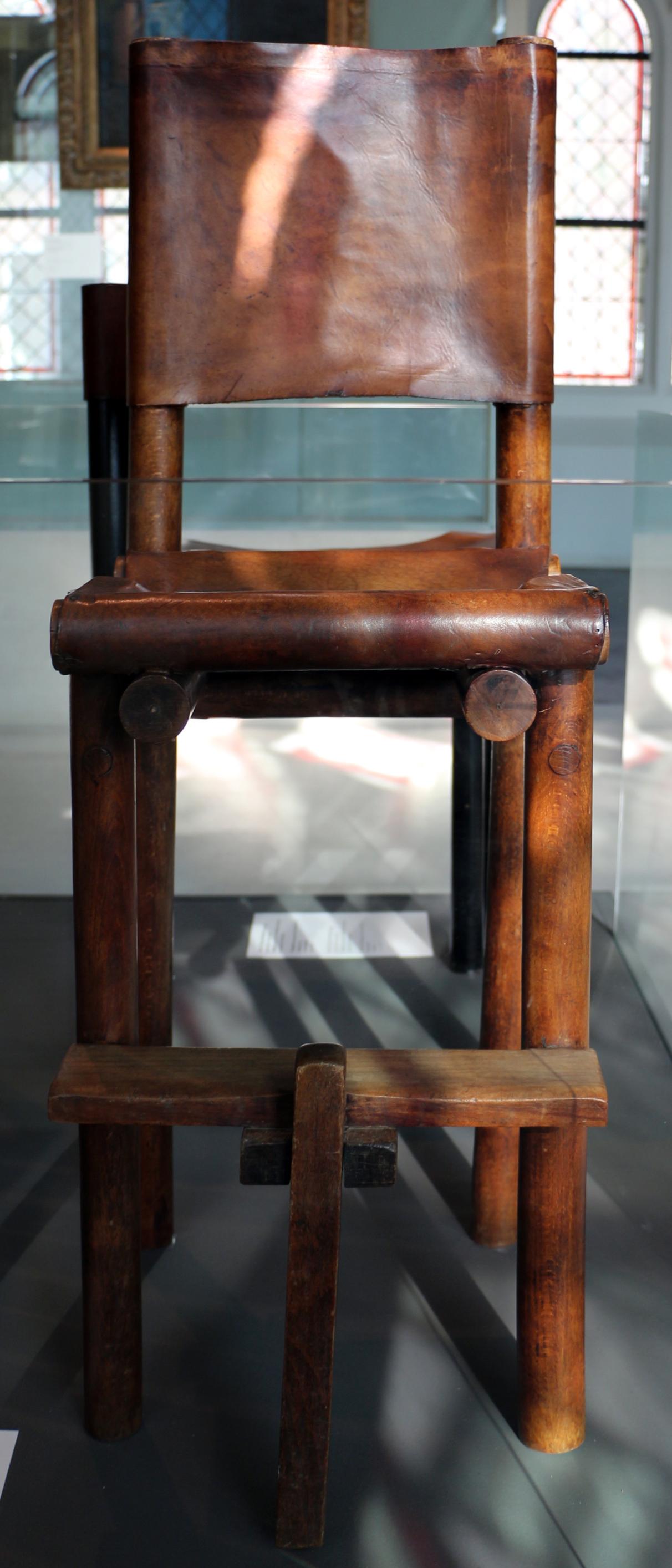 File gerrit rietveld sedia alta da bambini 1923 for Sedia alta
