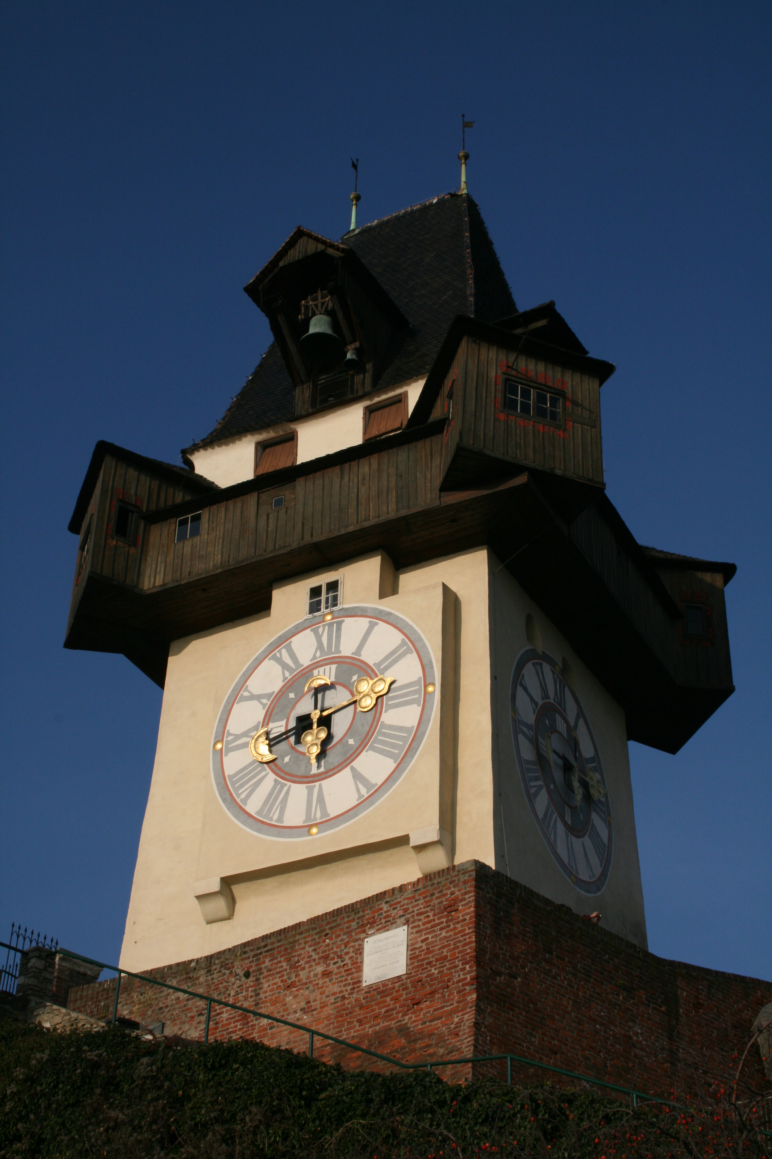 Wahrzeichen der Stadt: Der Grazer Uhrturm