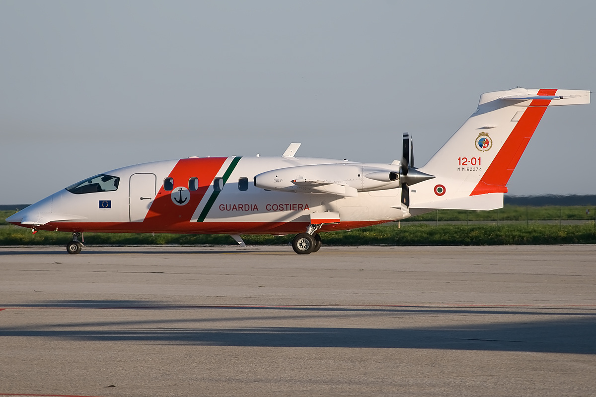 file:guardia costiera piaggio p-180 avanti ii - wikimedia commons