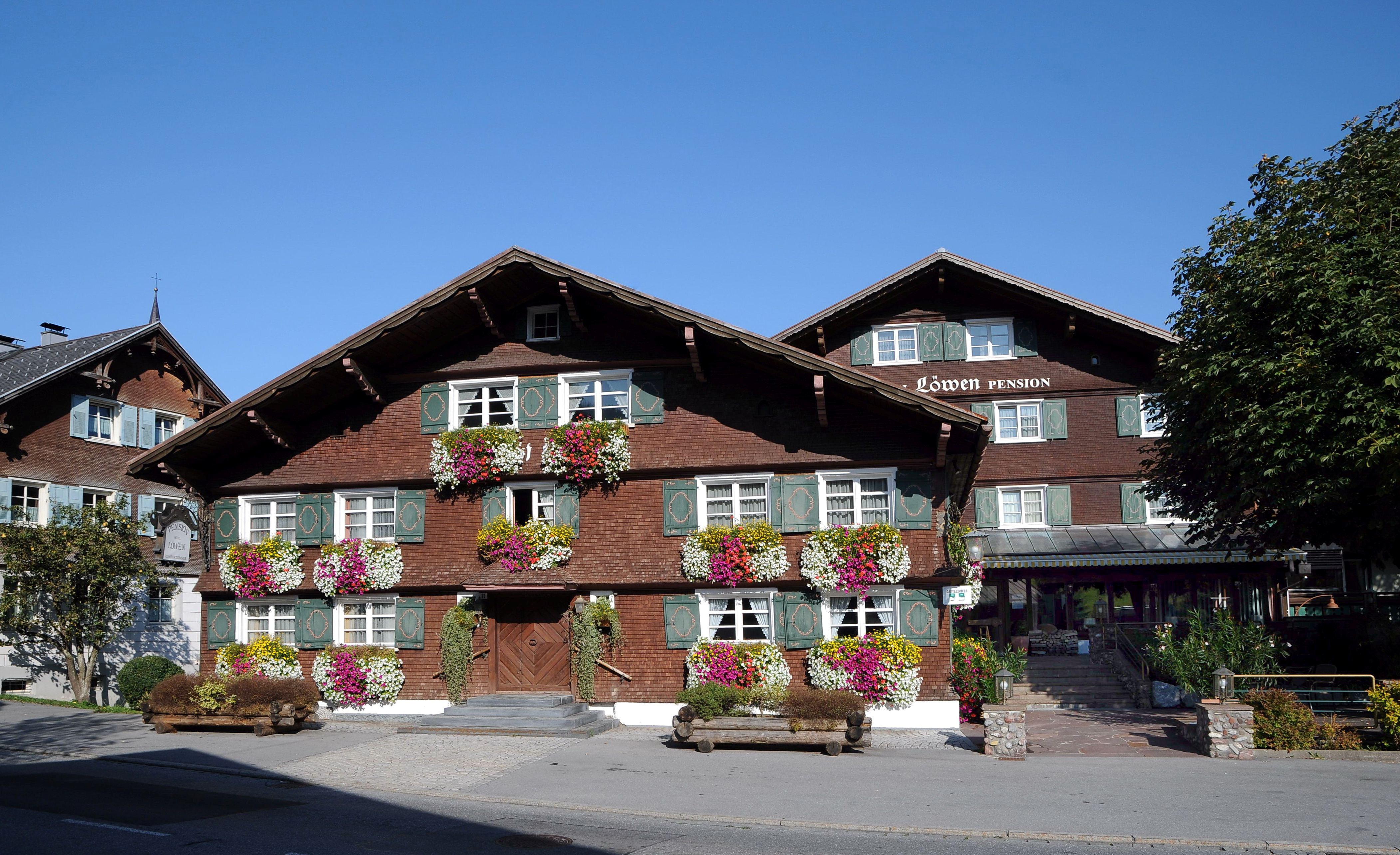 Hotel  Lowen Munchen
