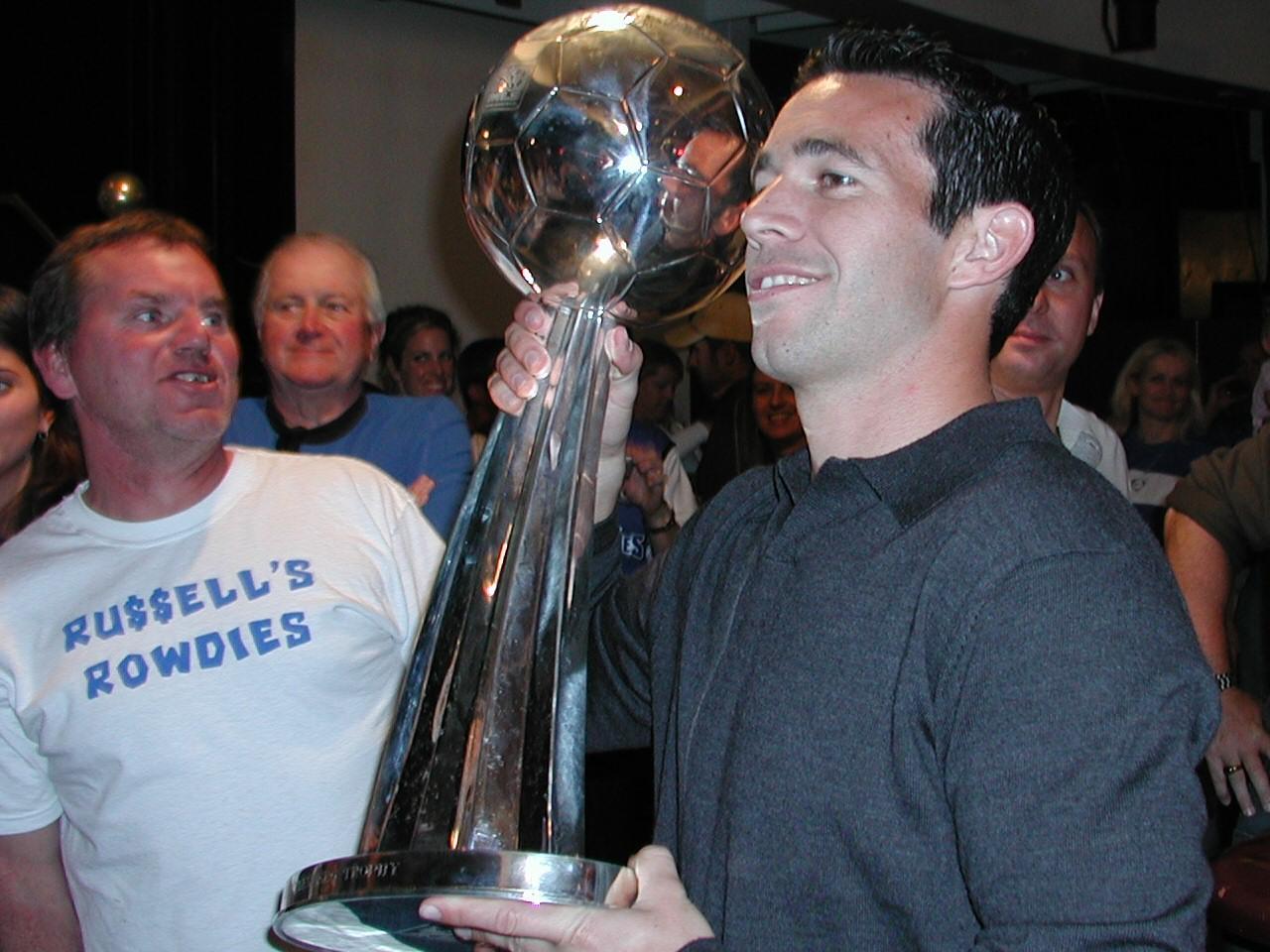Ian Russell (soccer) - Wikipedia