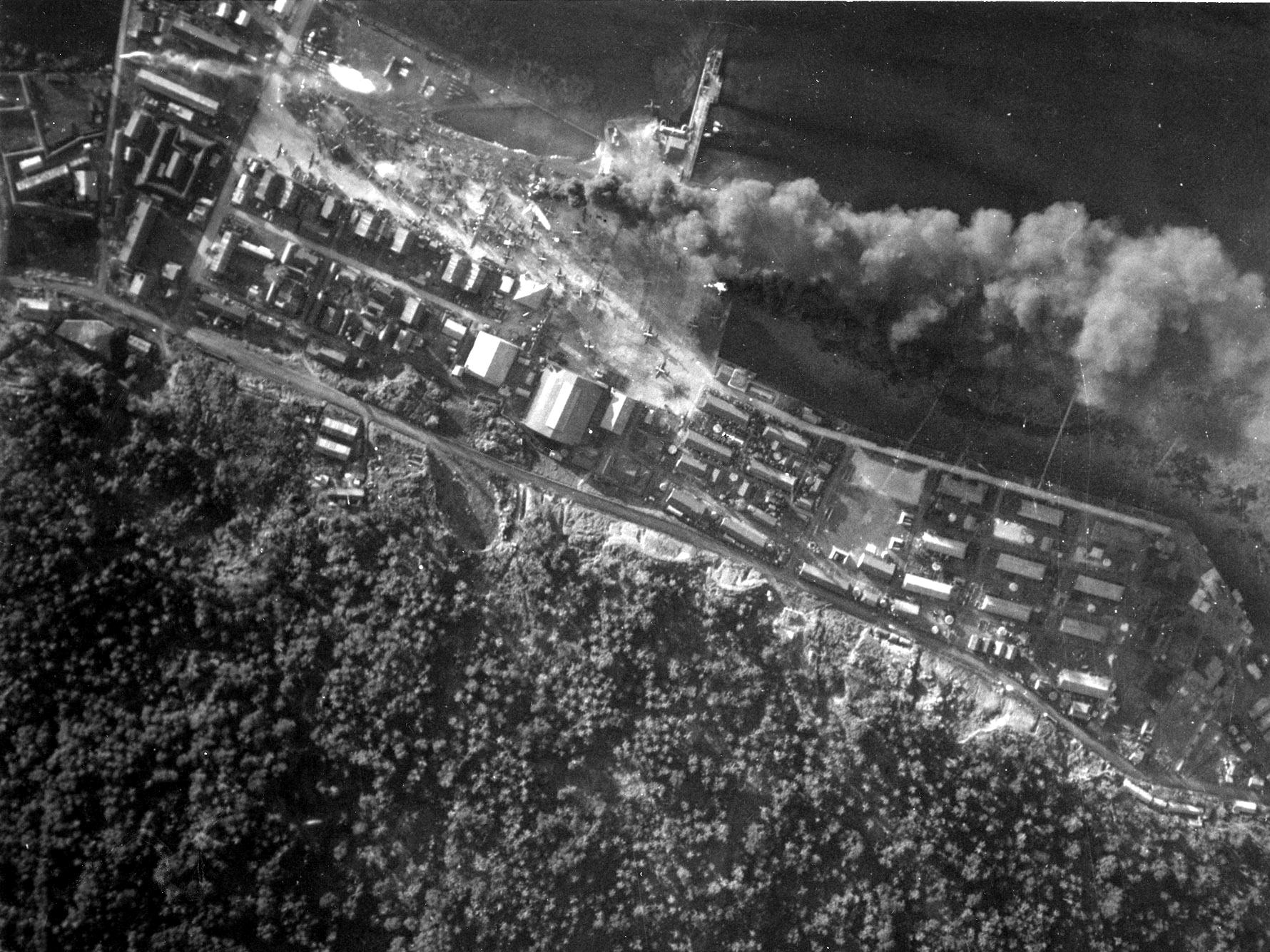 Resultado de imagen de truk 1944