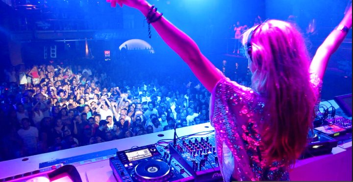 Kate performing at Amnesia, Ibiza 2011