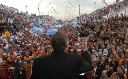 Biografia de Nestor Kirchner [Homenaje a un gran estadista]