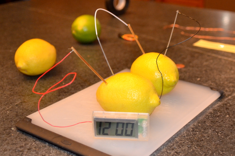 File:Lemon battery - 10 Feb. 2013.jpg - Wikimedia Commons