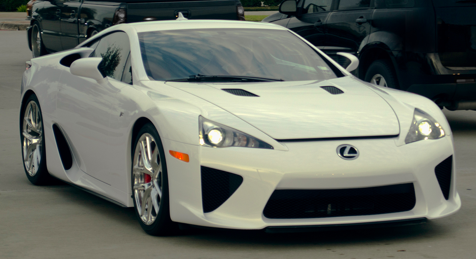 Lexus_LFA_-_Flickr_-_Price-Photography.j
