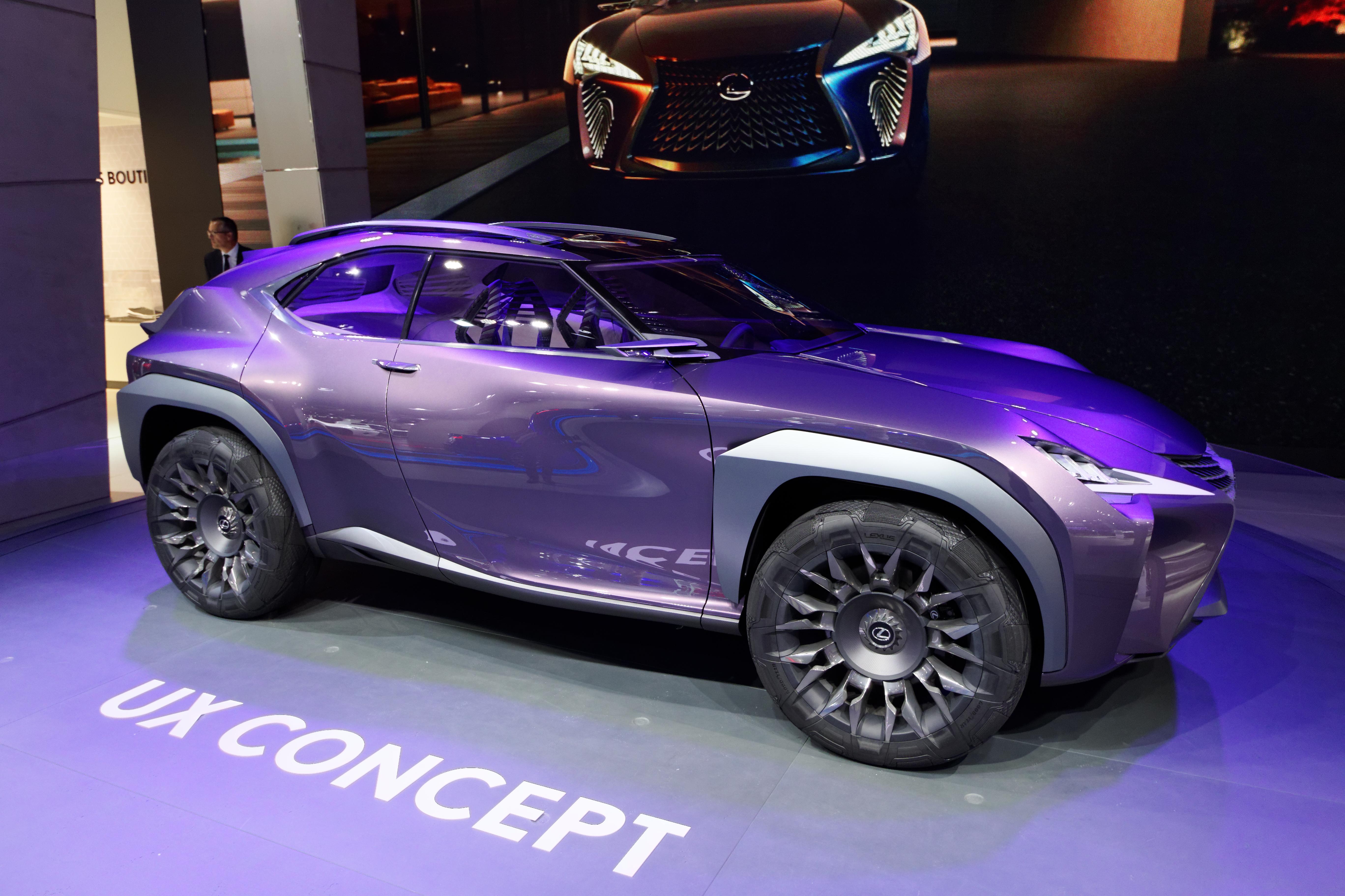 File:Lexus UX Concept - Mondial de l\'Automobile de Paris 2016 - 002 ...