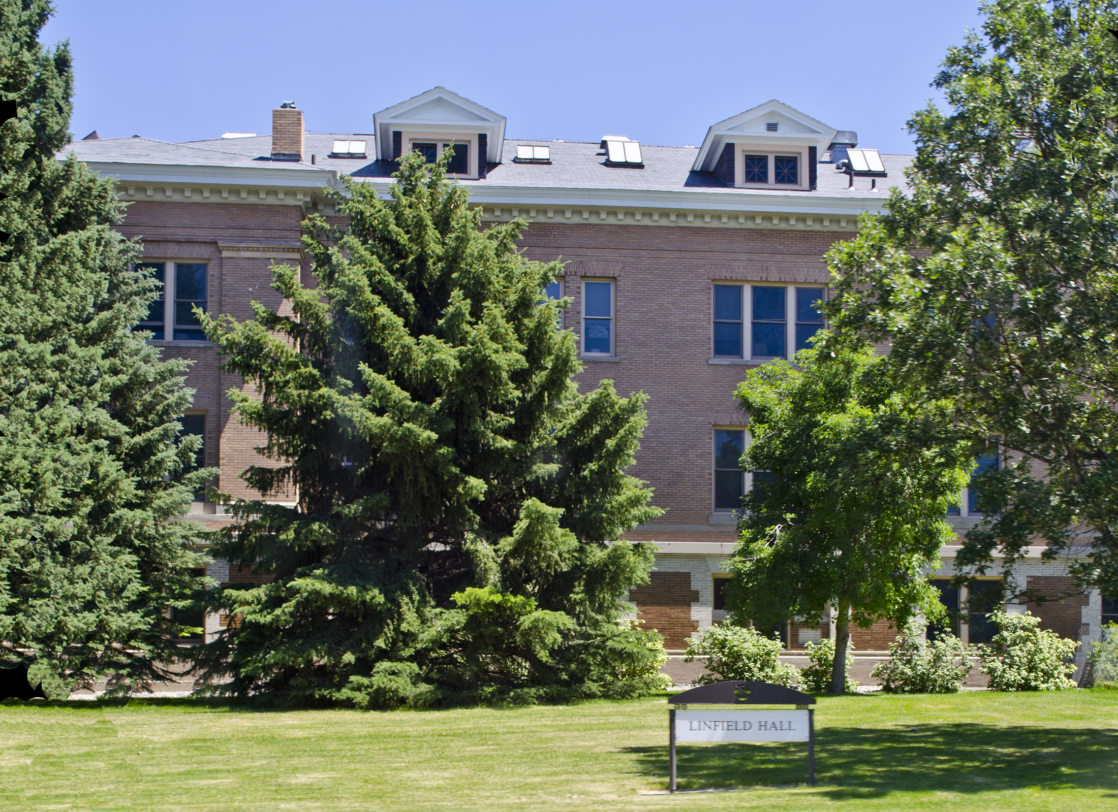 million refurbishment added an elevator, renovated bathrooms, made the building ADA accessible, and remodeled the large lecture room. As of 2013, Linfield Hall