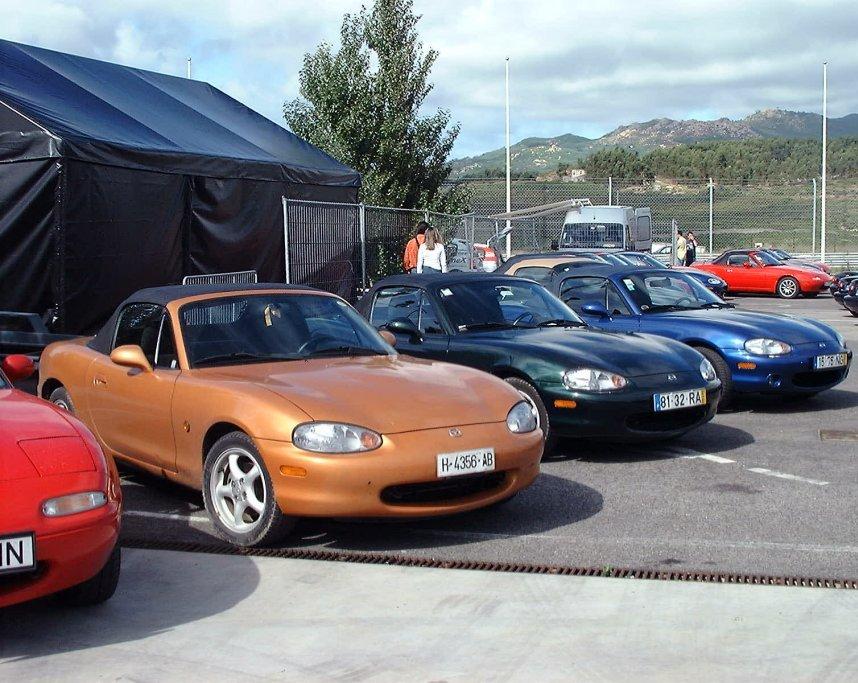 File Mazda Mx 5 Nb Orange Emerald Sapphire Jpg Wikimedia