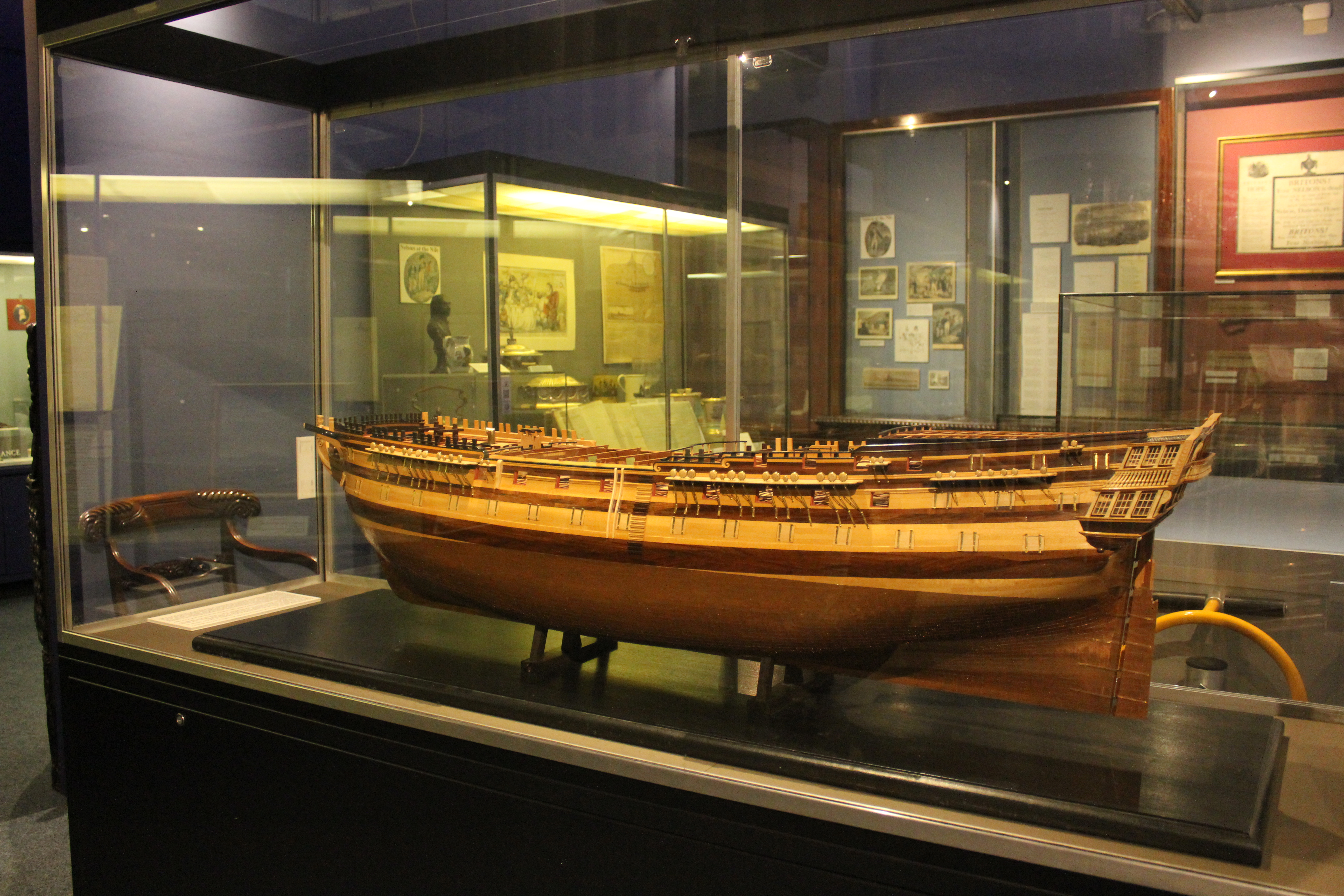 Model_of_HMS_Foudroyant_in_Monmouth_Muse