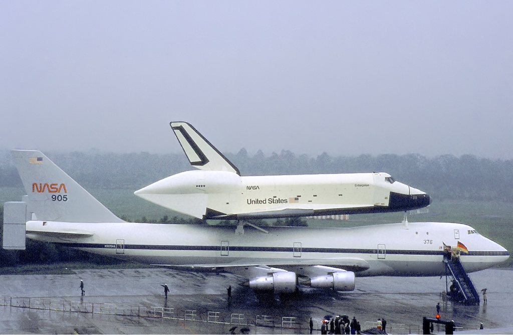 american airlines plane space shuttle - photo #27