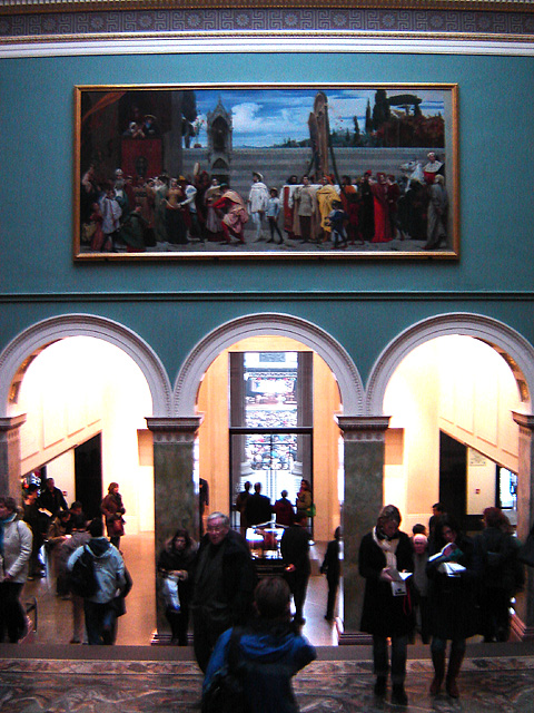 http://upload.wikimedia.org/wikipedia/commons/6/6c/National_gallery_interior_1.jpg
