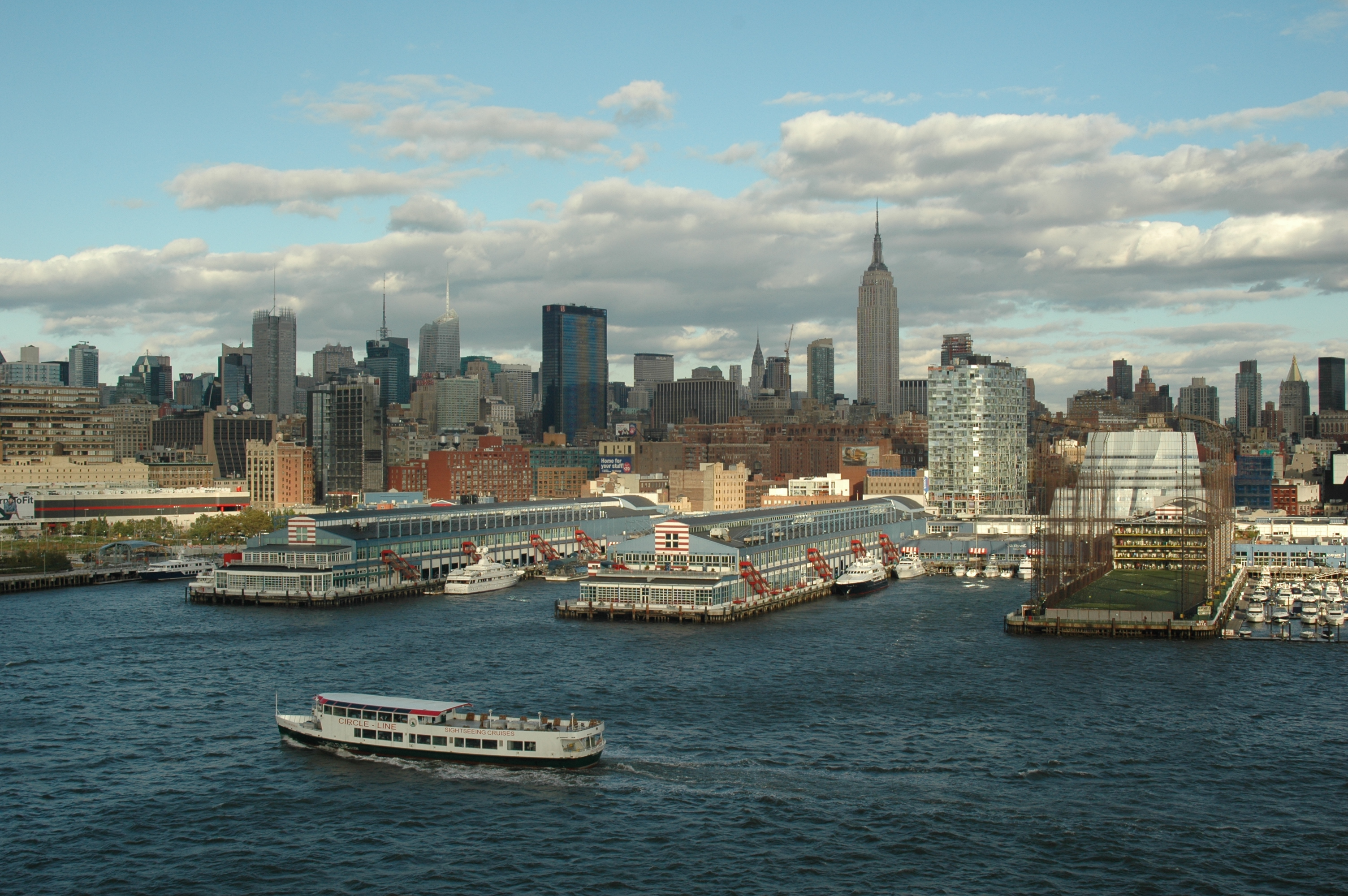 google map nyc with File New York City And The Circle Line Ferry  4197118683 on 2314680478 in addition File Wel e John F  Kennedy International Airport Sign besides 219794042 additionally Details besides Facebook In 2005 2.