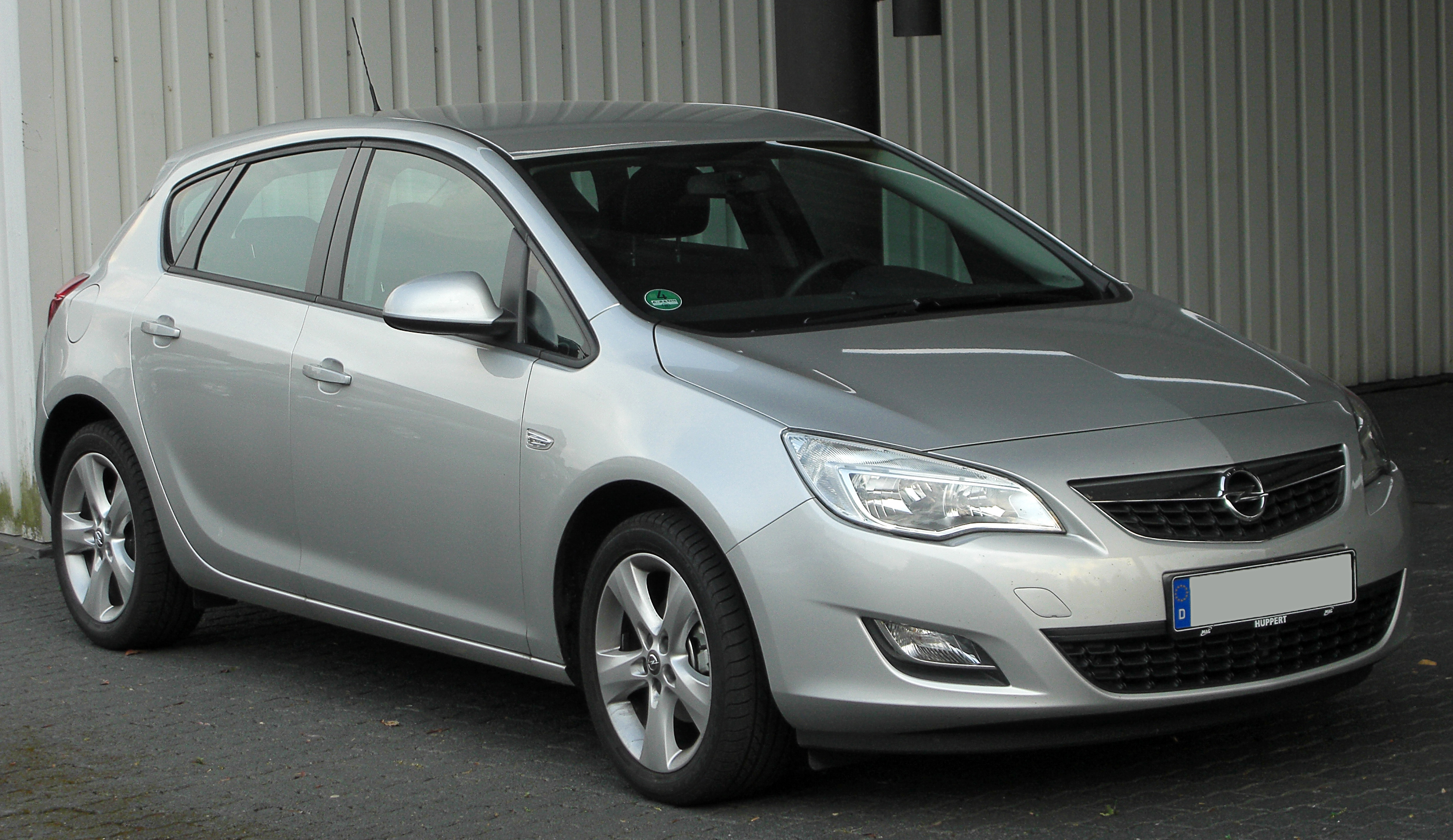 File Opel Astra J Front 20100722 Jpg Wikimedia Commons