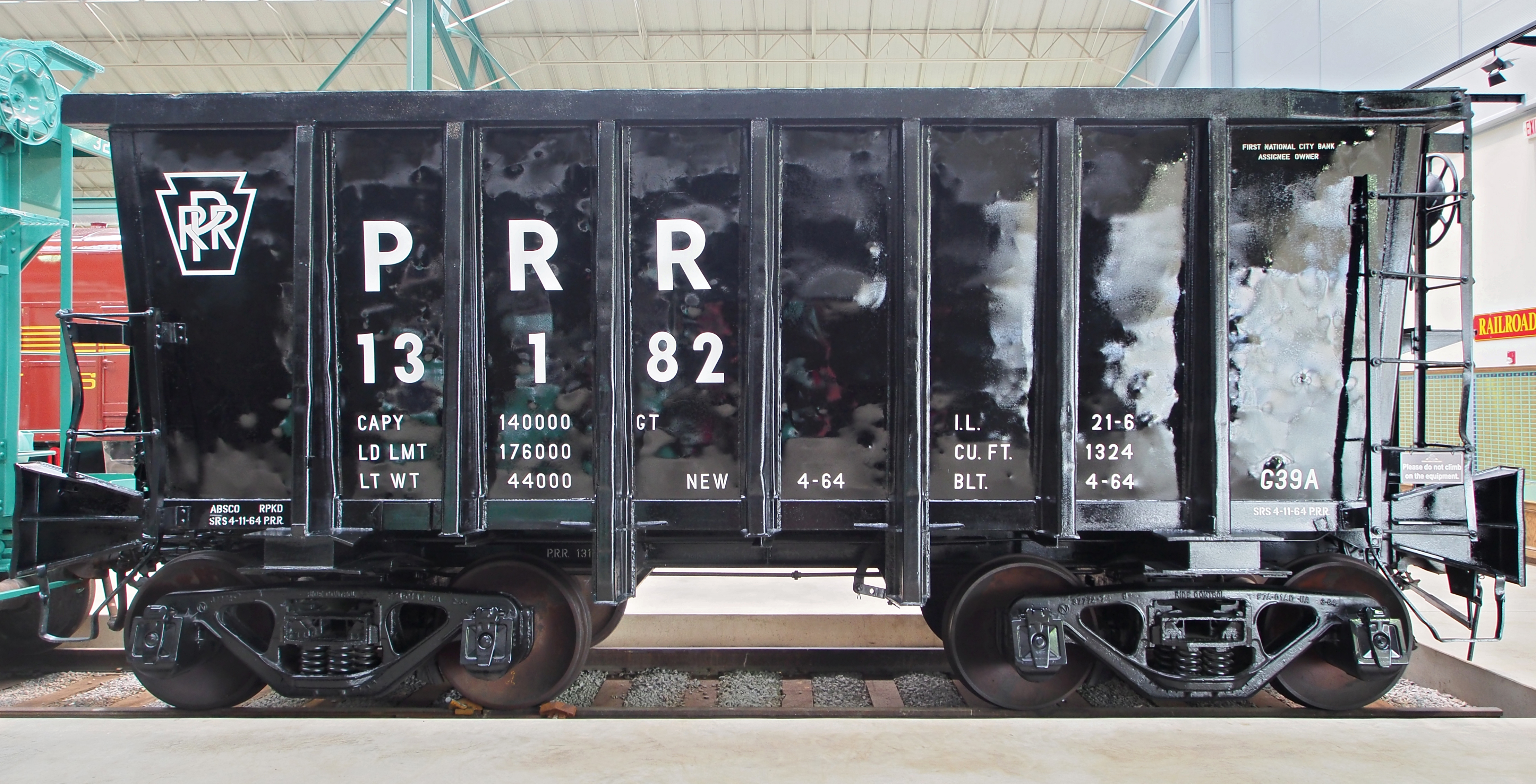 File:PRR 13182 Ore Car.JPG