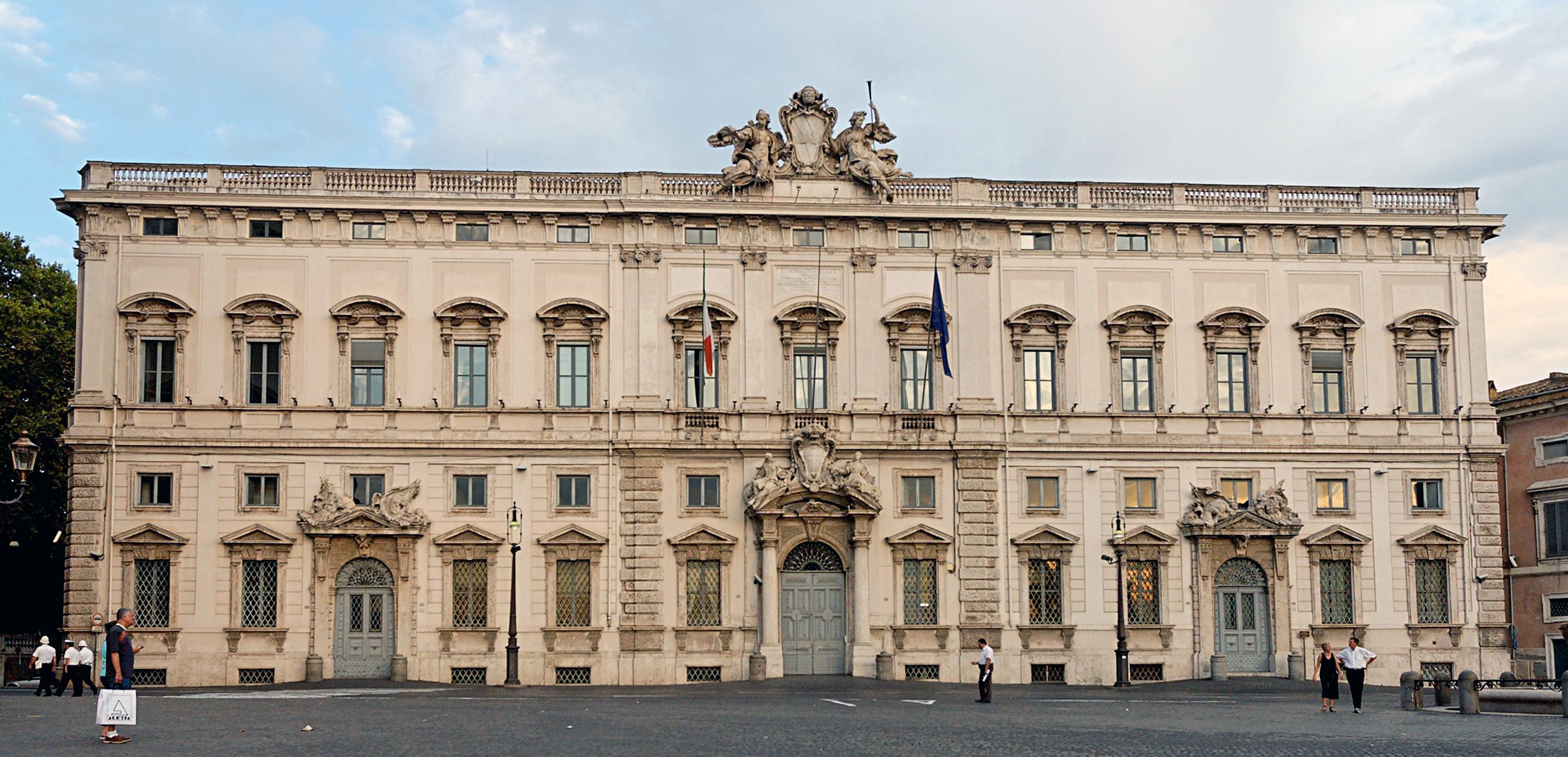 File palazzo della consulta roma wikipedia for Senato della repubblica sede