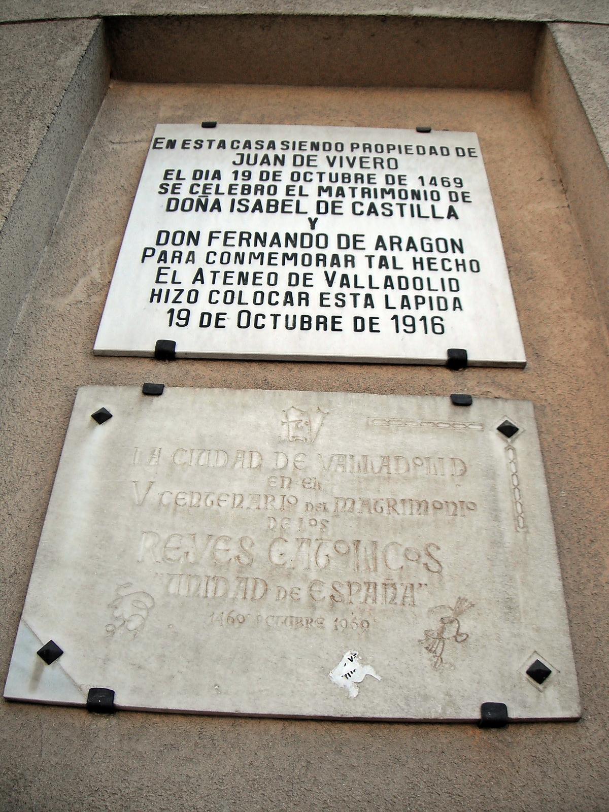 File placas en el palacio de los wikimedia for Viveros valladolid