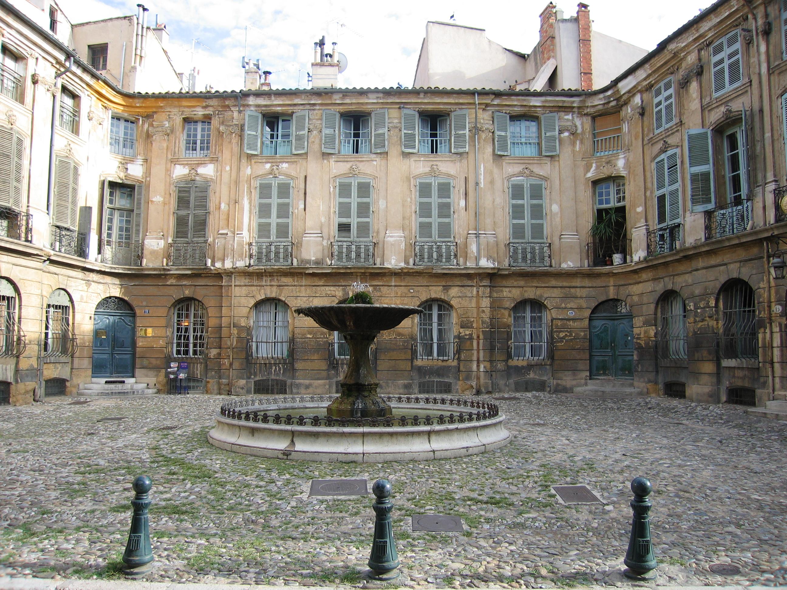 France Travesties, Annonces Travestie