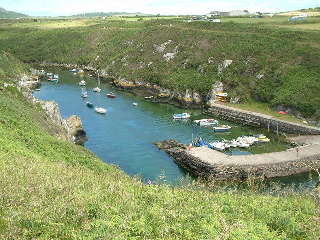 Porth Clais harbour - geograph.org.uk - 478498