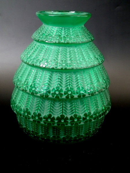 Filer Lalique Glass 1g Wikimedia Commons