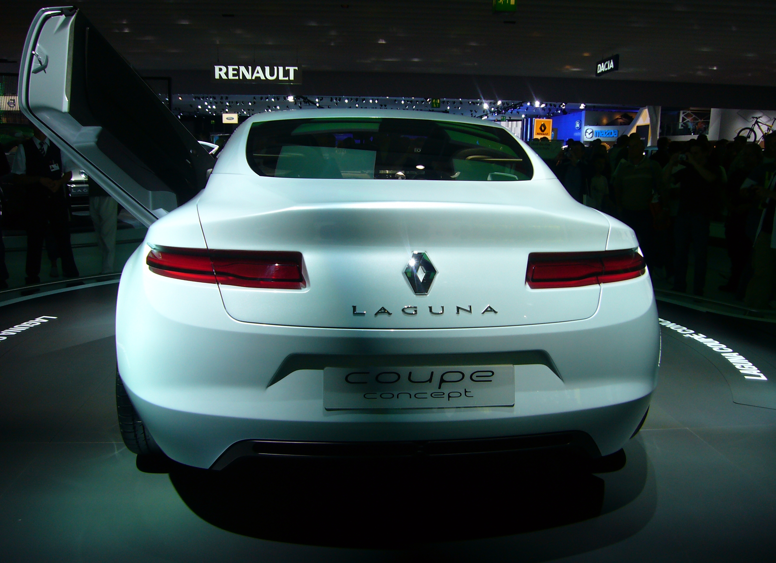 file renault laguna coupe concept rear jpg wikimedia commons. Black Bedroom Furniture Sets. Home Design Ideas