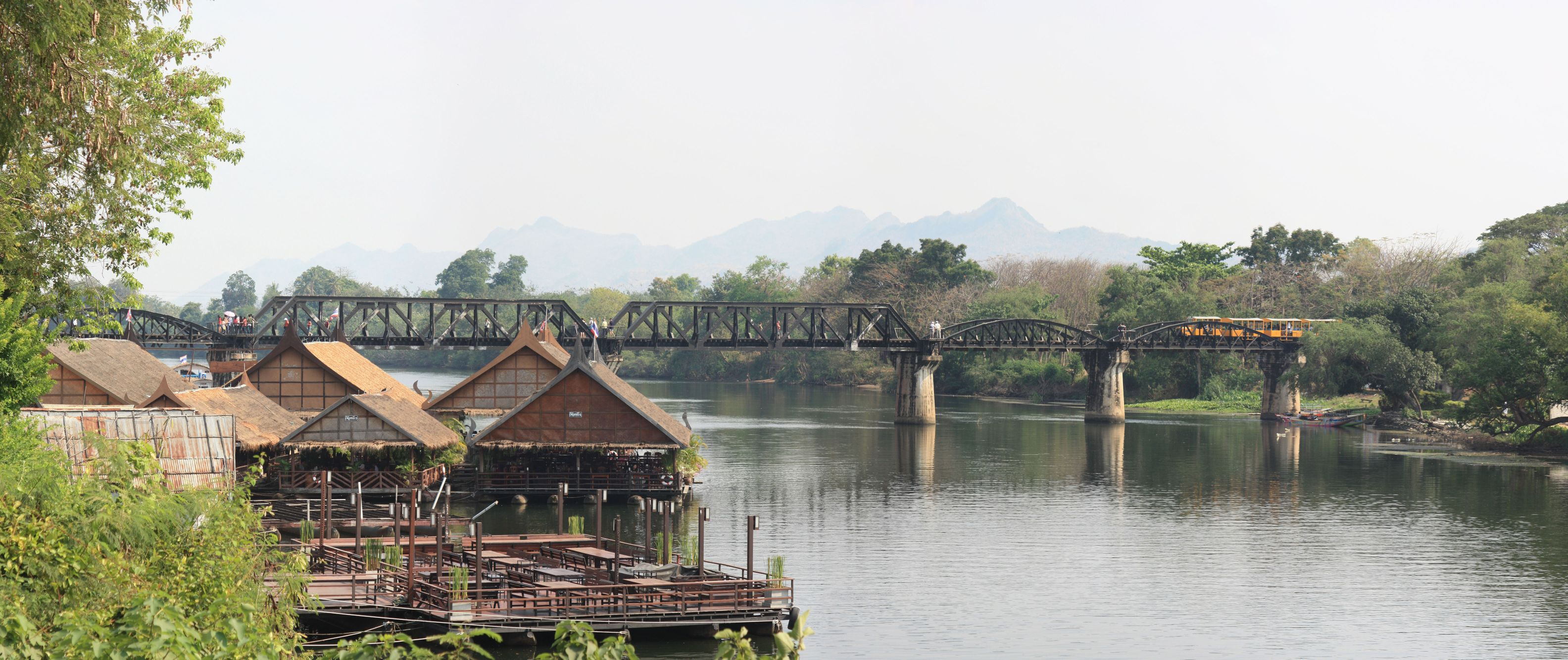 the bridge on the river kwai A guide to visiting kanchanaburi, the bridge on the river kwai, wampo viaduct & hellfire pass (konyu cutting) on the burma-siam death railway, with train times & fares from bangkok to kanchanaburi, river kwai bridge & nam tok.