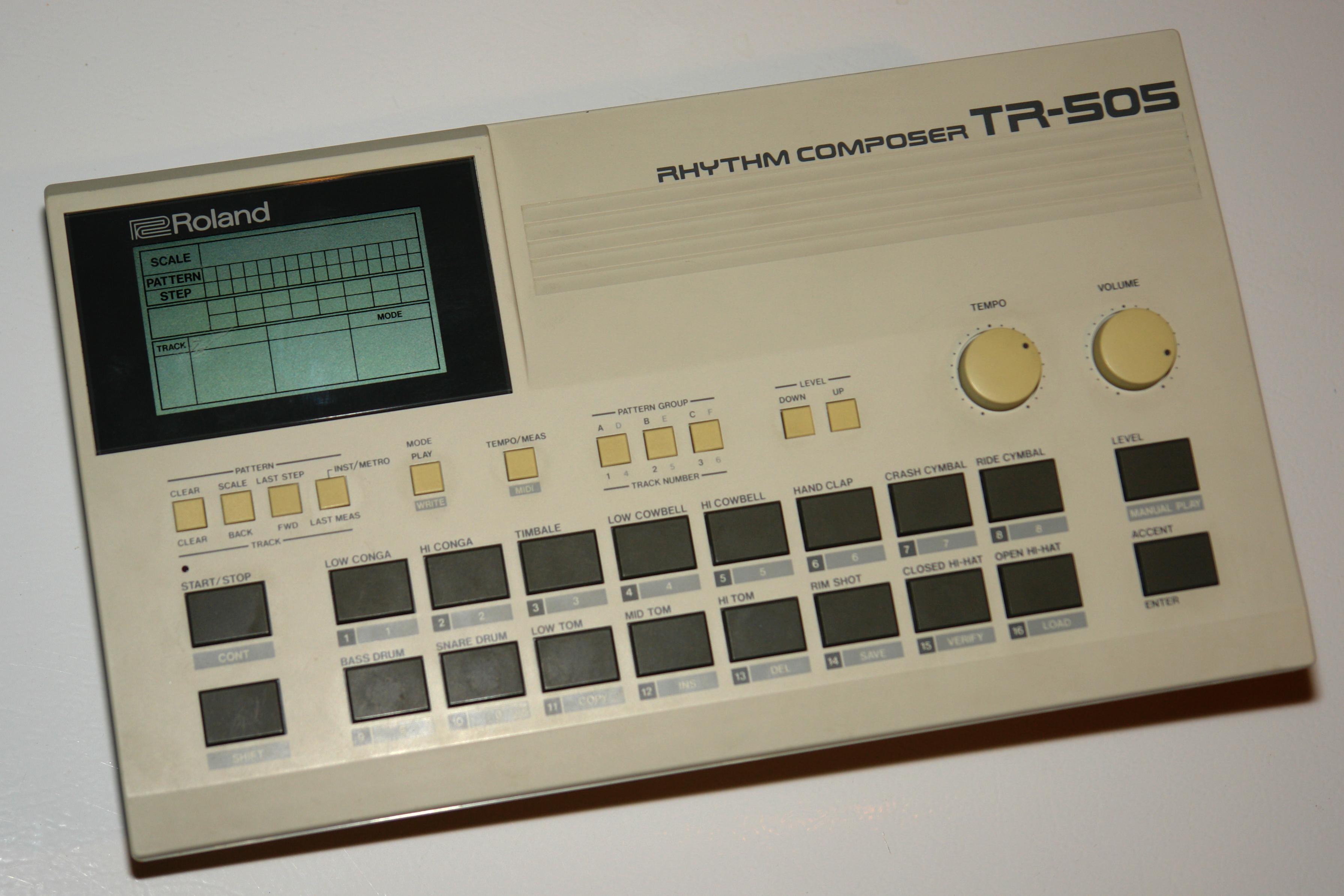 File:Roland TR-505 drum machine.jpg